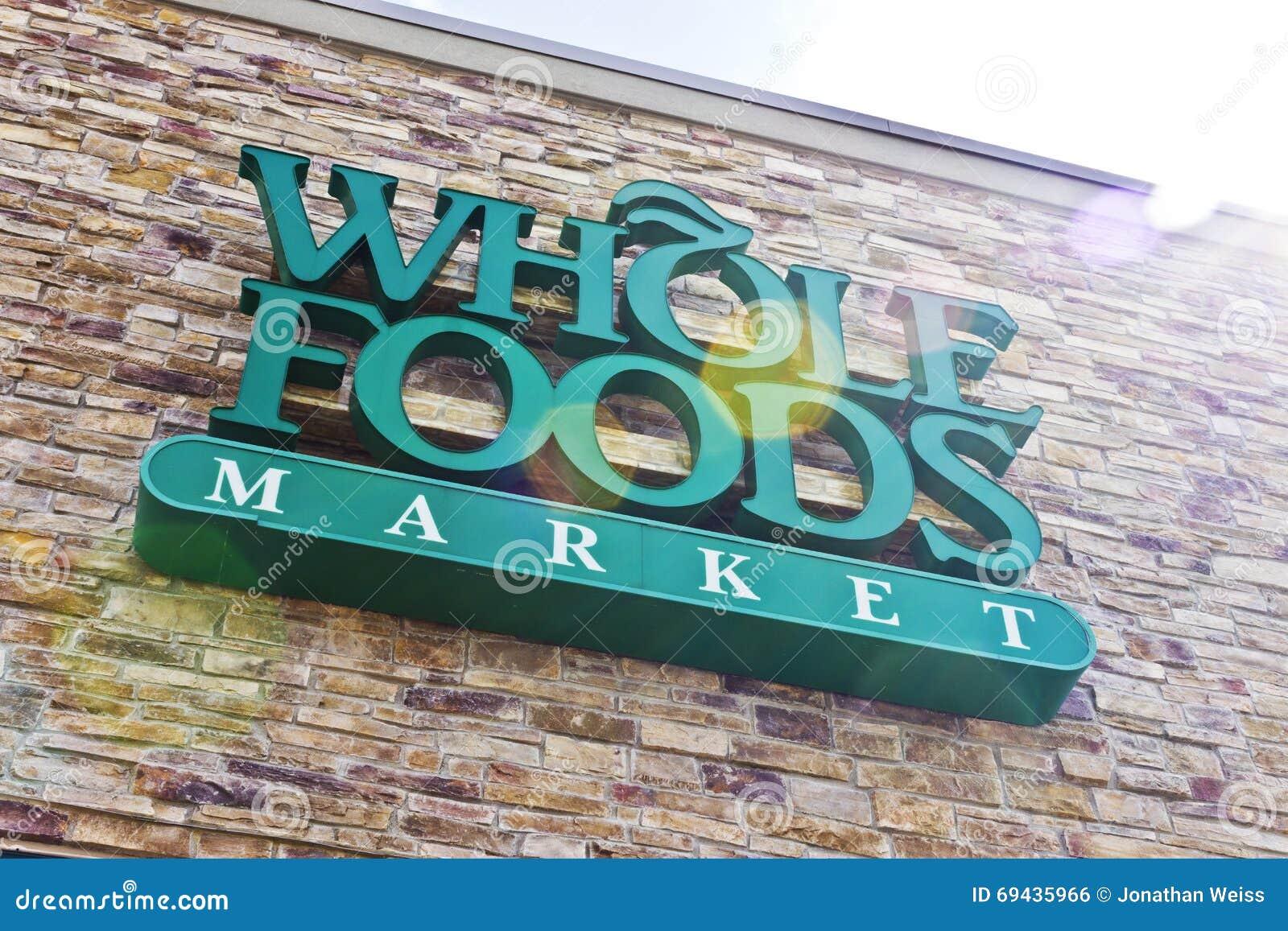 Indianapolis - cerca do abril de 2016: Mercado II de Whole Foods