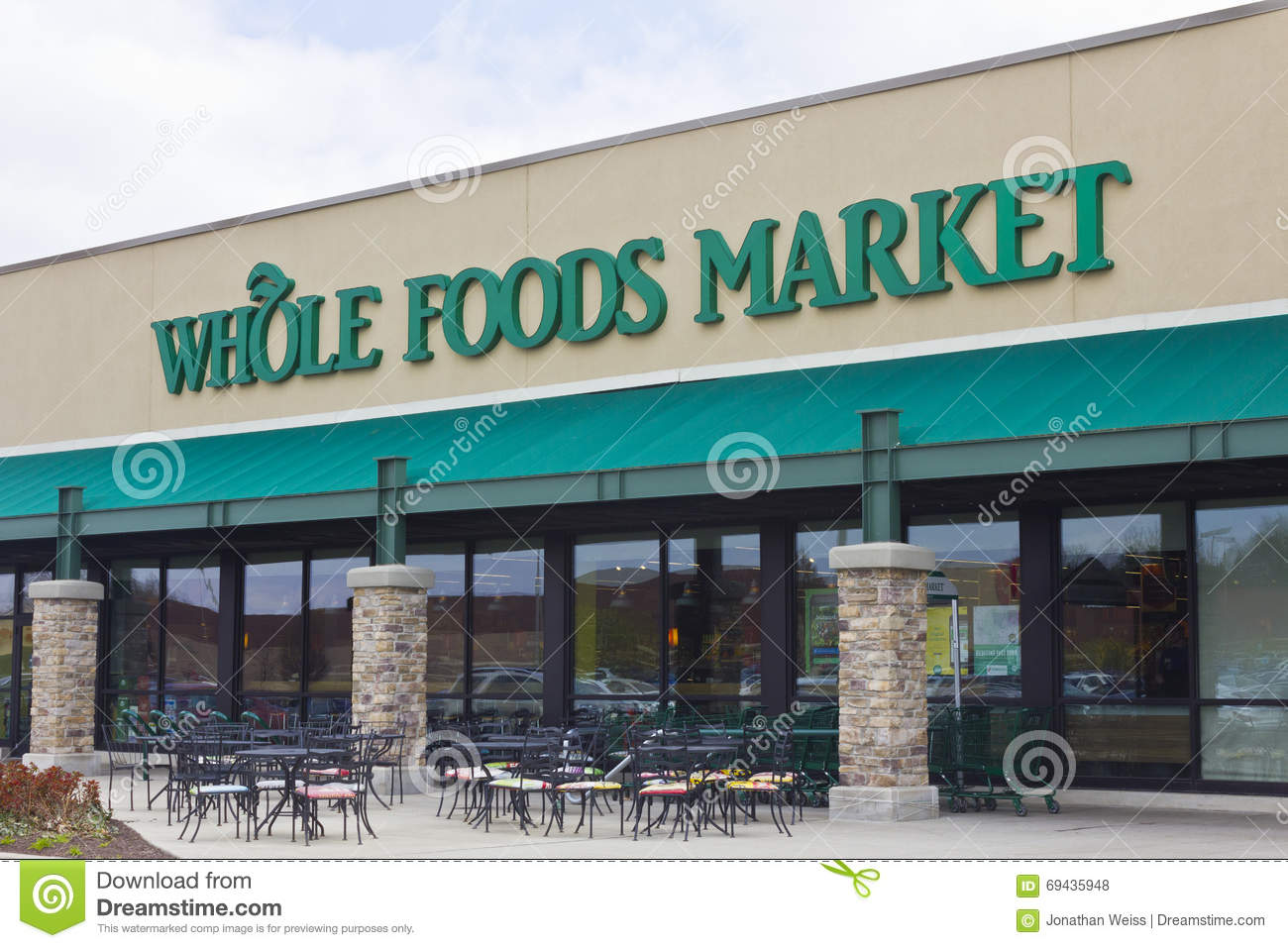 Indianapolis - circa abril de 2016: Mercado I de Whole Foods