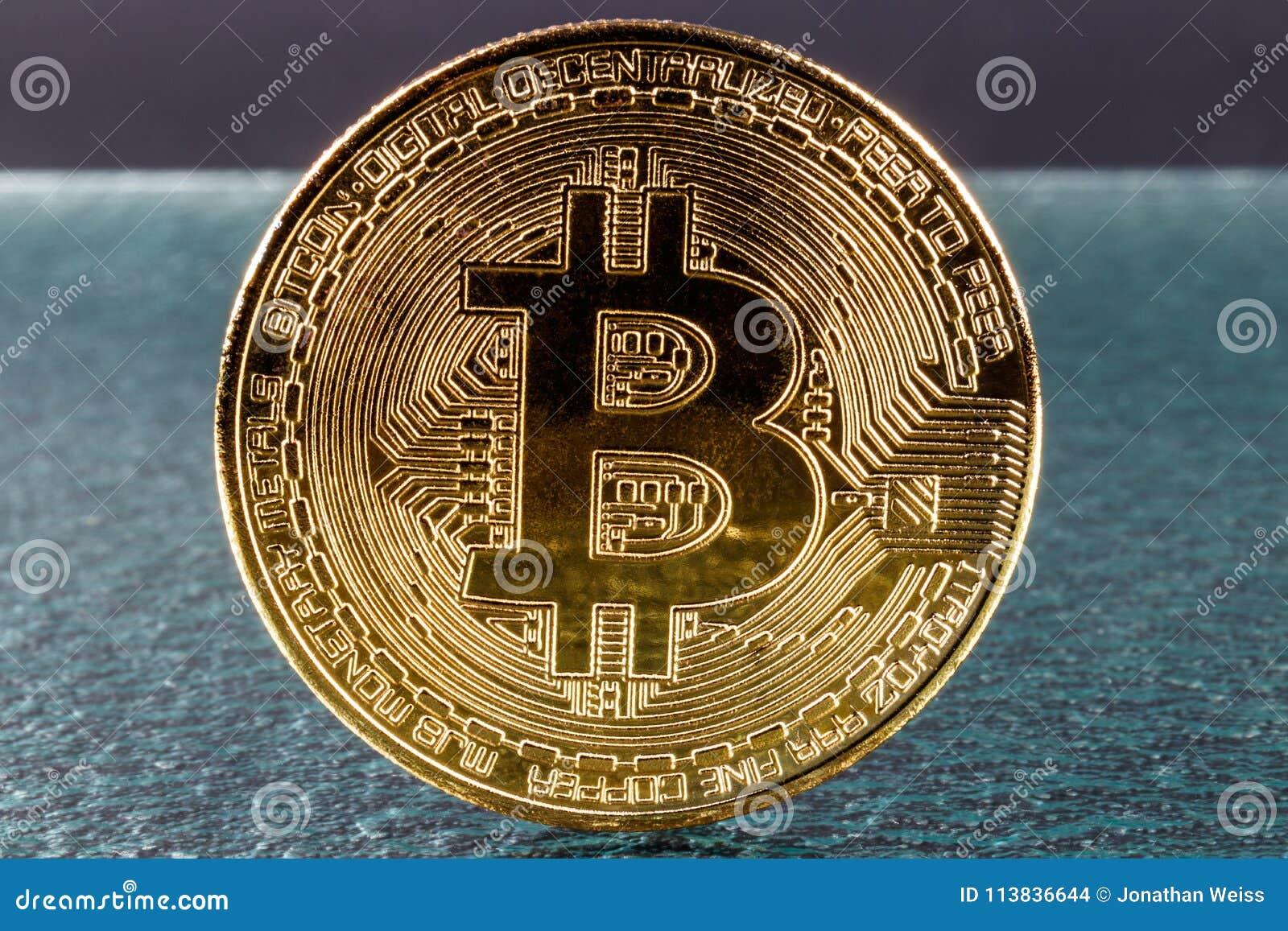 Il Bitcoin di nuovo in volata: dollari, +11% in una settimana - CorCom