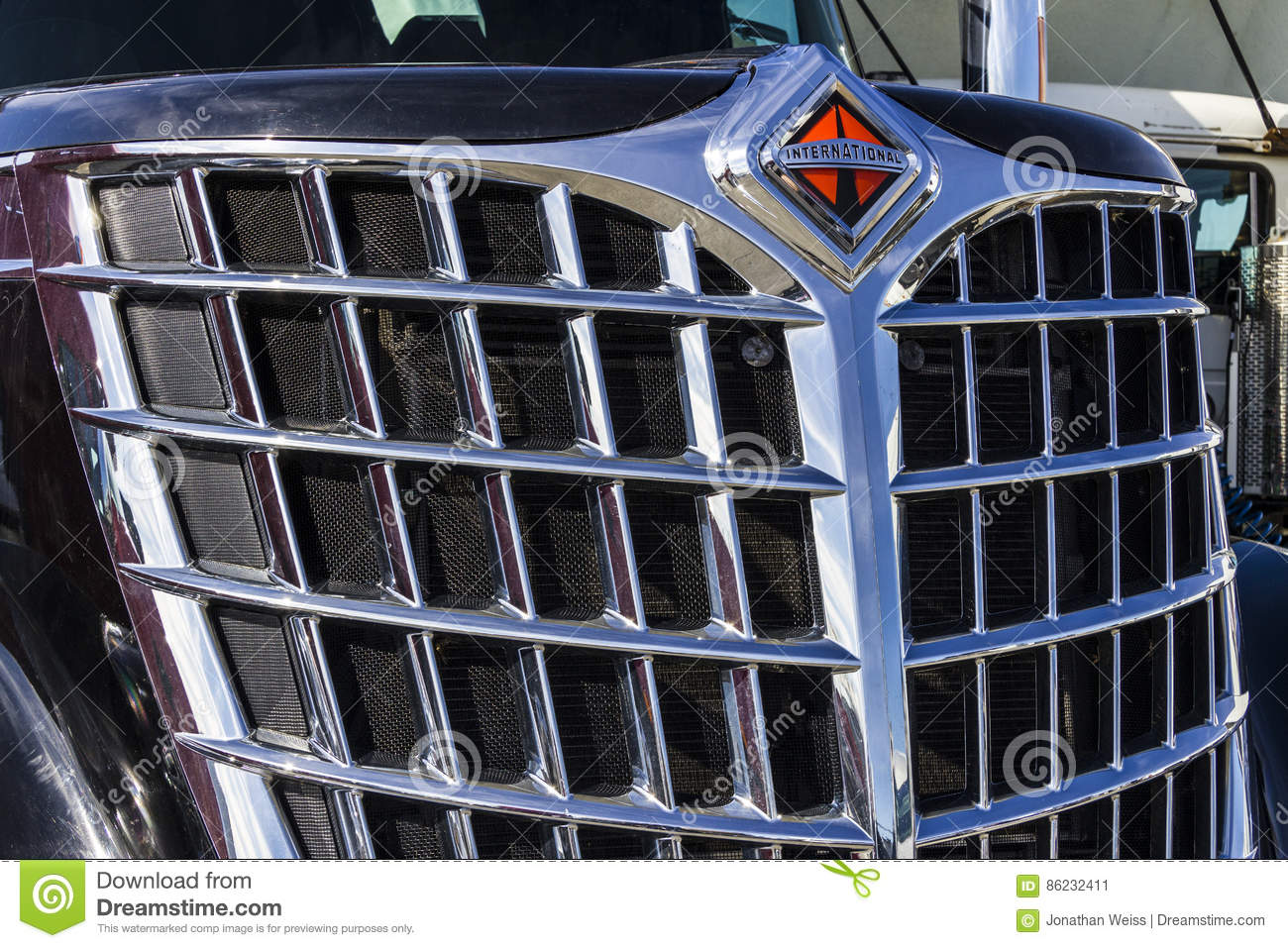Tractor Grill Guard For Trailer : Semi tractor hauling three trucks red on highway