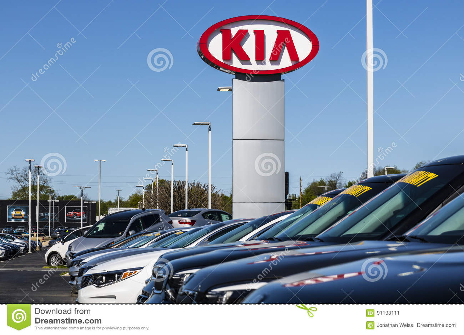 Hyundai Dealership Indianapolis >> Indianapolis - Circa Im April 2017: Kia Motors Local Car Dealership Kia Motors Ist Die ...