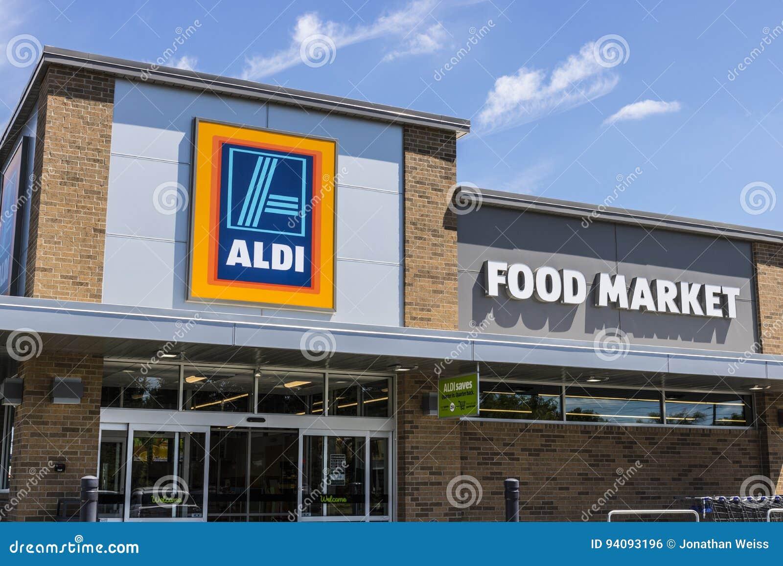 Indianapolis - Circa June 2017: Aldi Discount Supermarket. Aldi sells a range of grocery items at discount prices IX