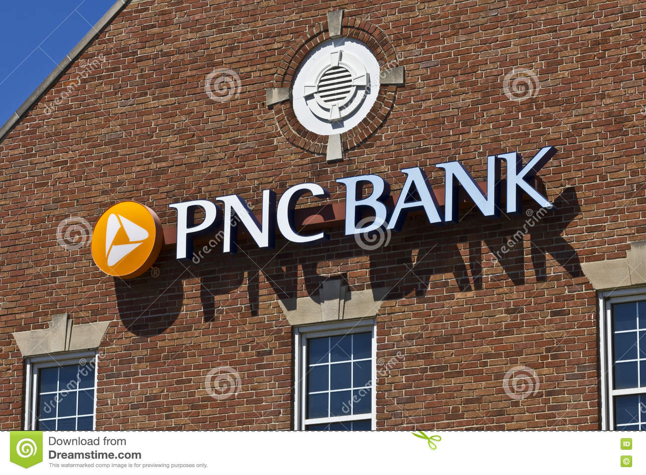 Indianapolis - Circa June 2016: PNC Bank Branch  PNC