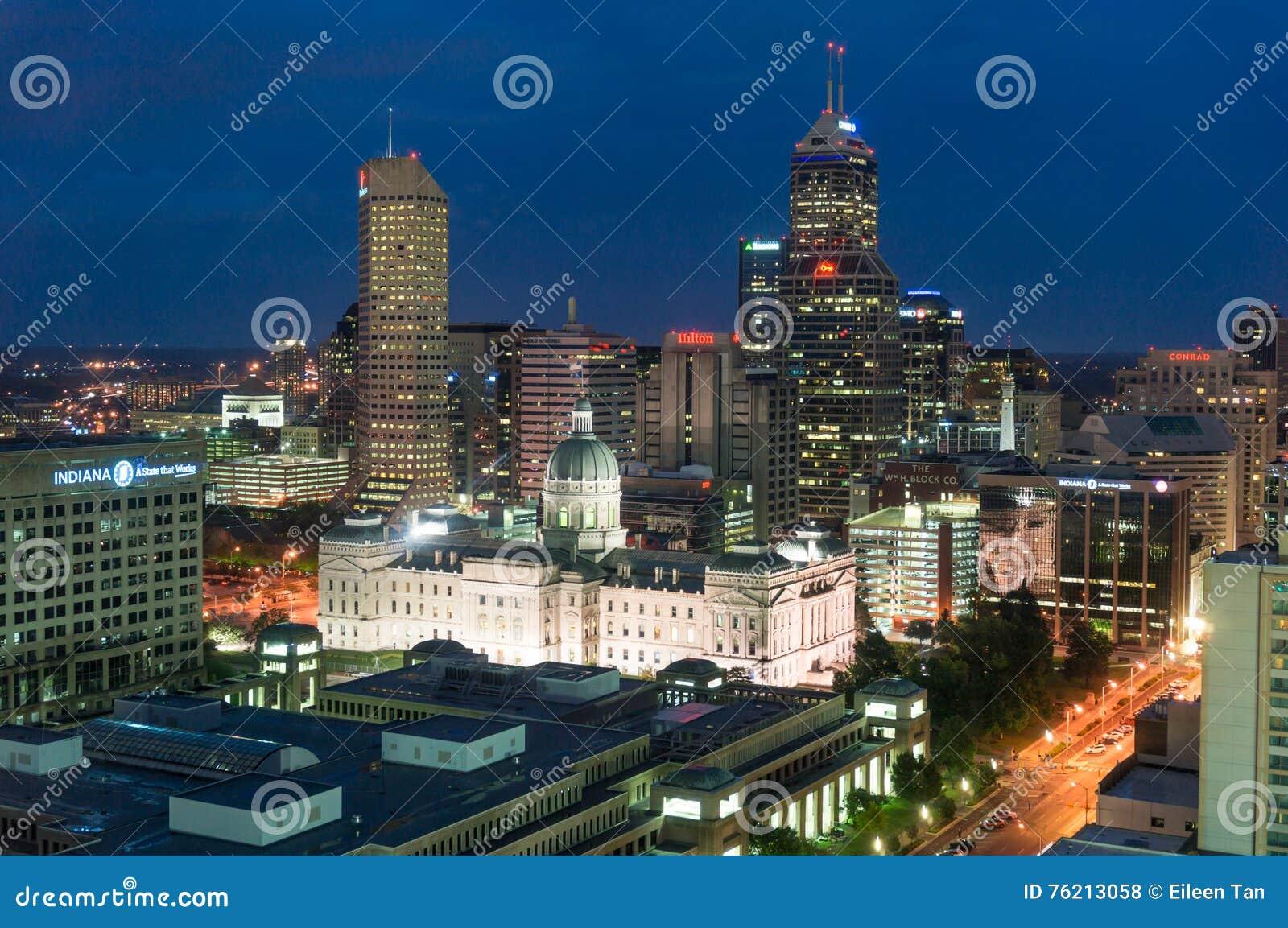Indianapolis du centre la nuit