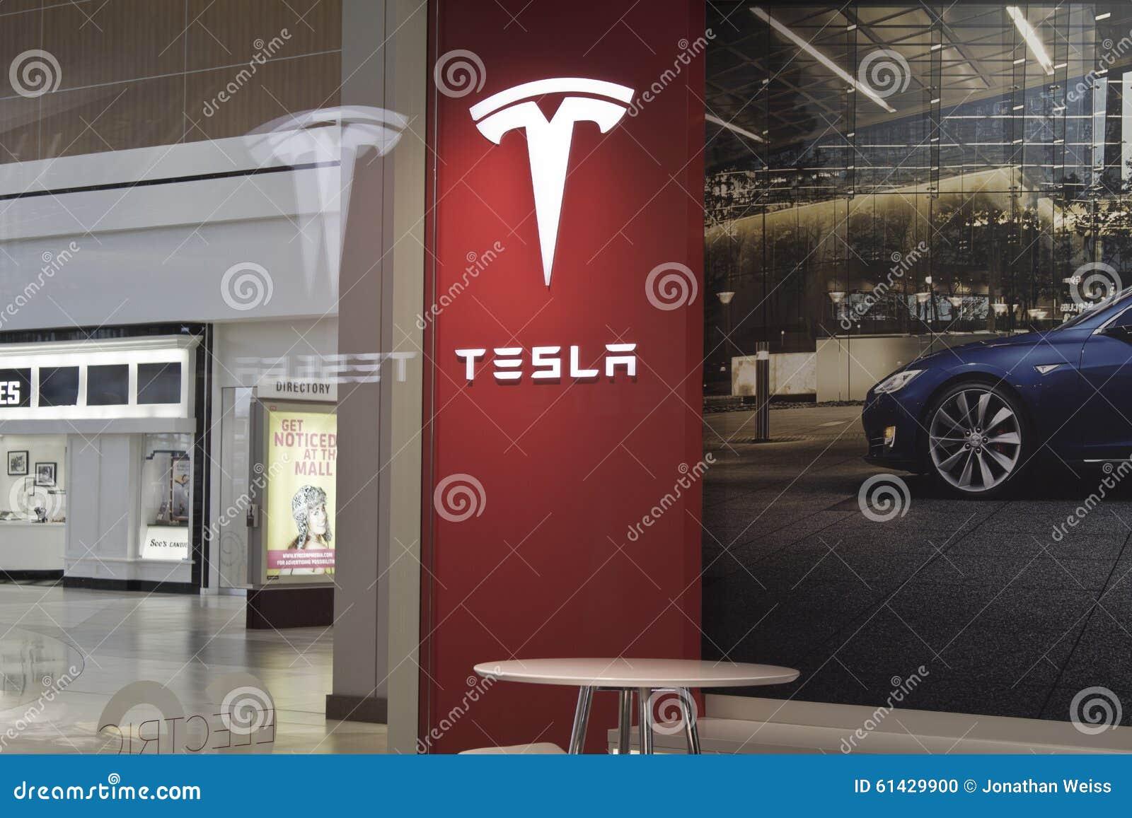 Indianapolis october 2015 tesla motors store in for Electric motor repair indianapolis