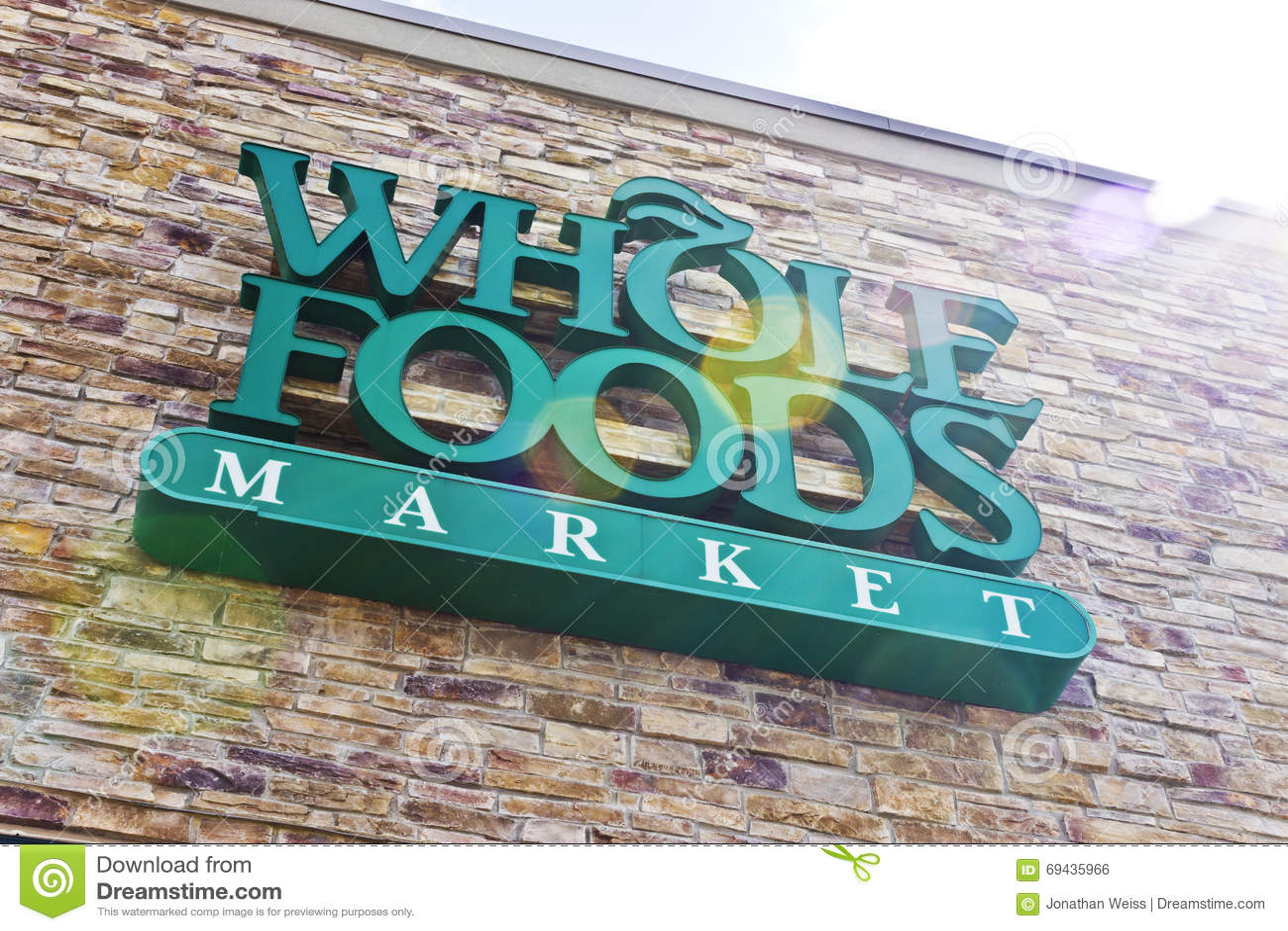 Indianapolis - vers en avril 2016 : Marché II de Whole Foods