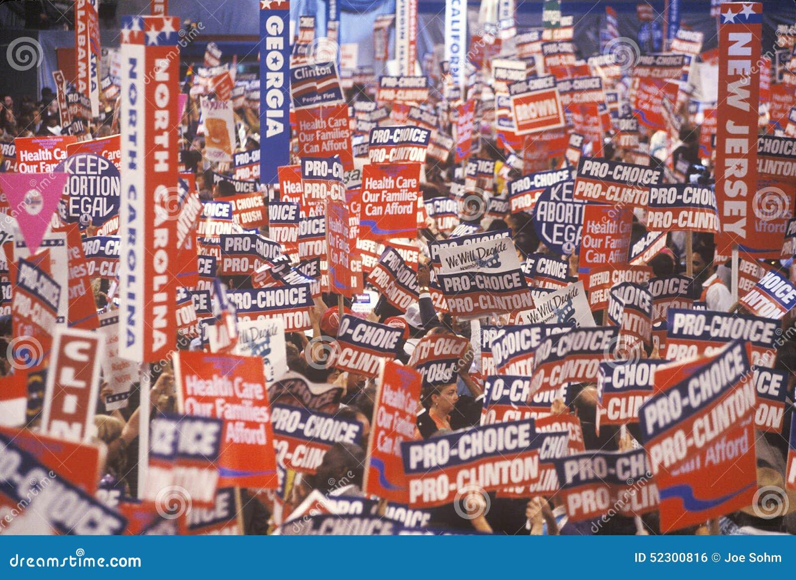 Indique delegações na celebração presidencial das 1992 convenções Democráticas em Madison Square Garden, Manhattan, New York