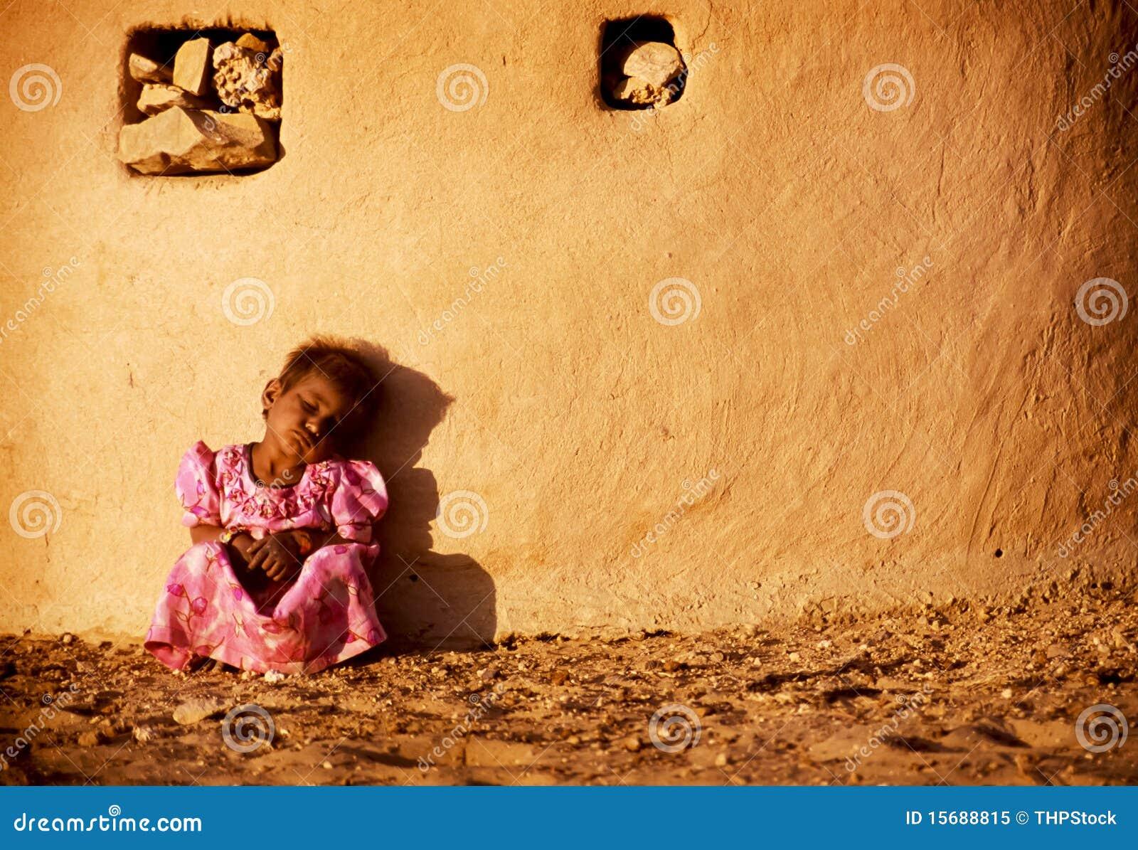 Indisch Meisje in Woestijn