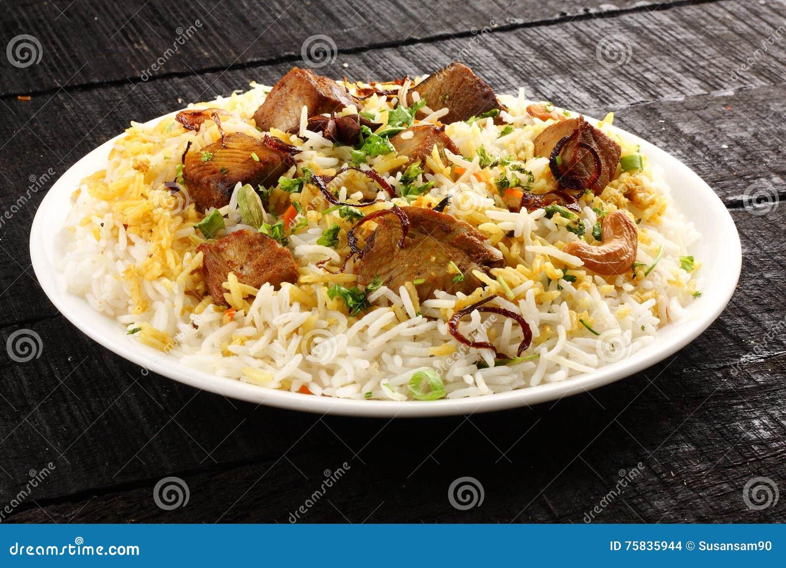 Indische cuisine- traditionele vissen pulav of pilau