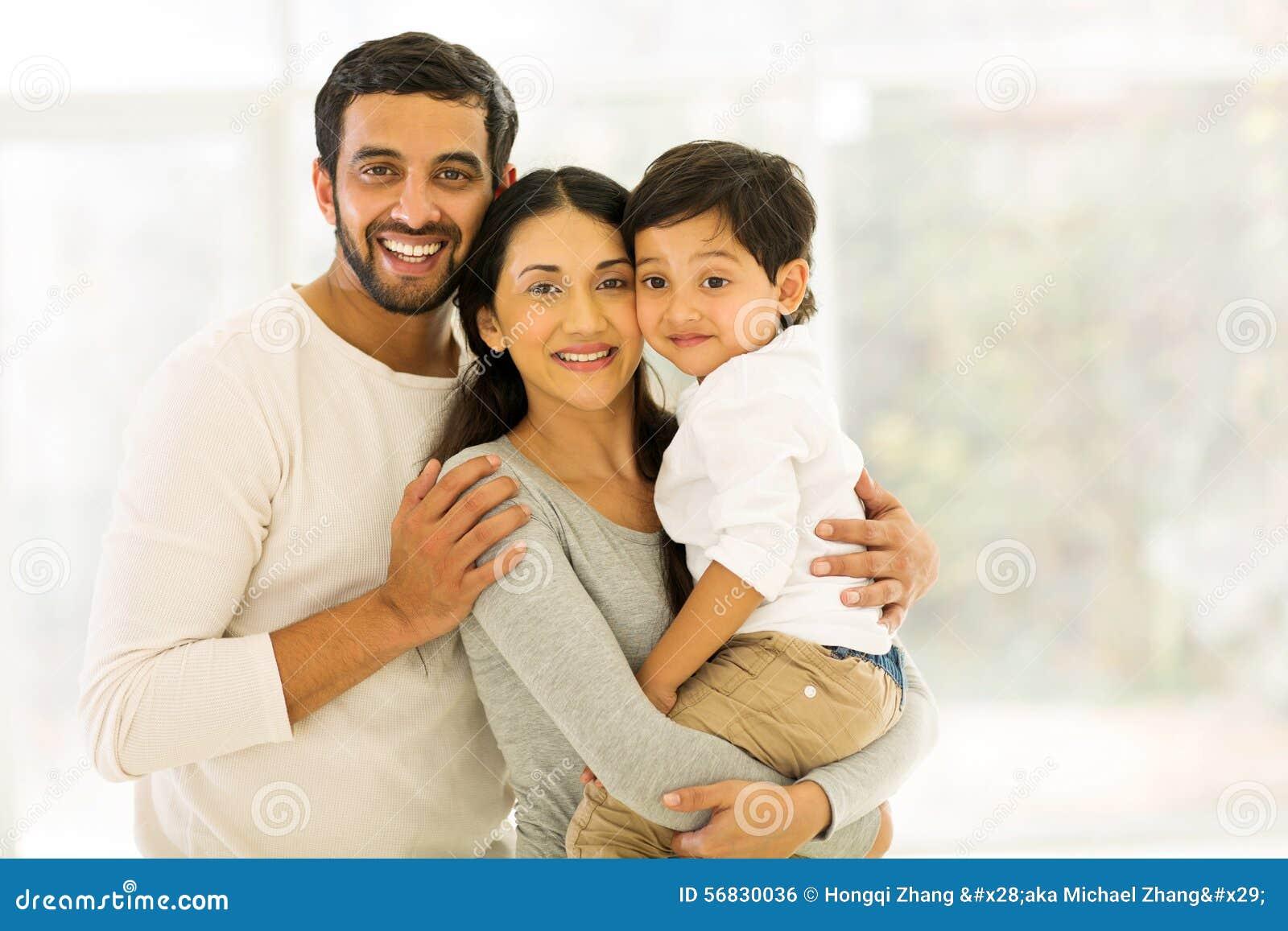 Indische Familie drei