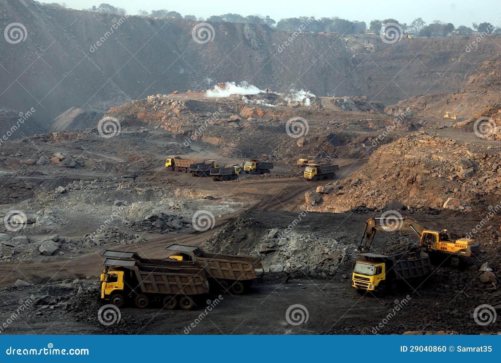 Indische Kohlenbergwerke im Tagebau