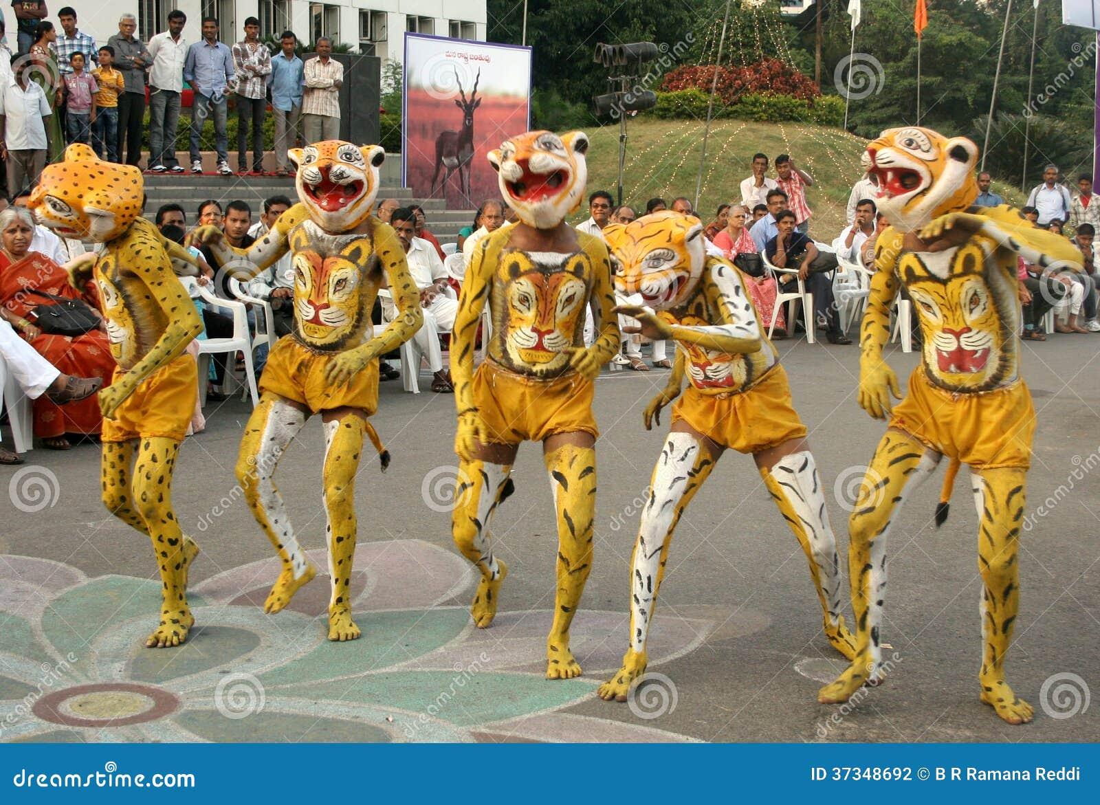 Indisk stam- dans