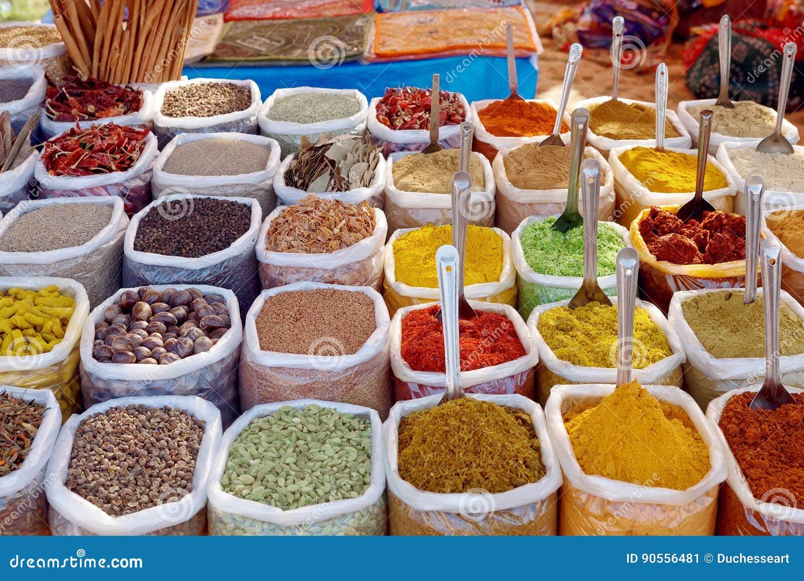 Indiska Fargrika Kryddor Fotografering For Bildbyraer Bild Av Askfat 90556481