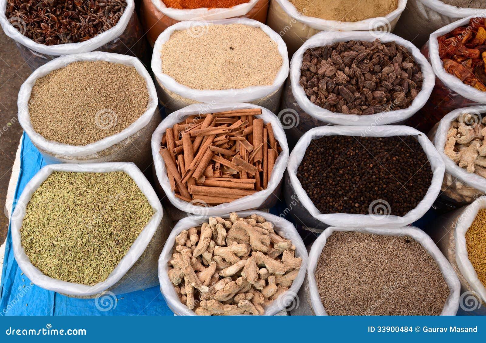Indiska Kryddor Arkivfoto Bild Av Chilies Nave Torkat 33900484