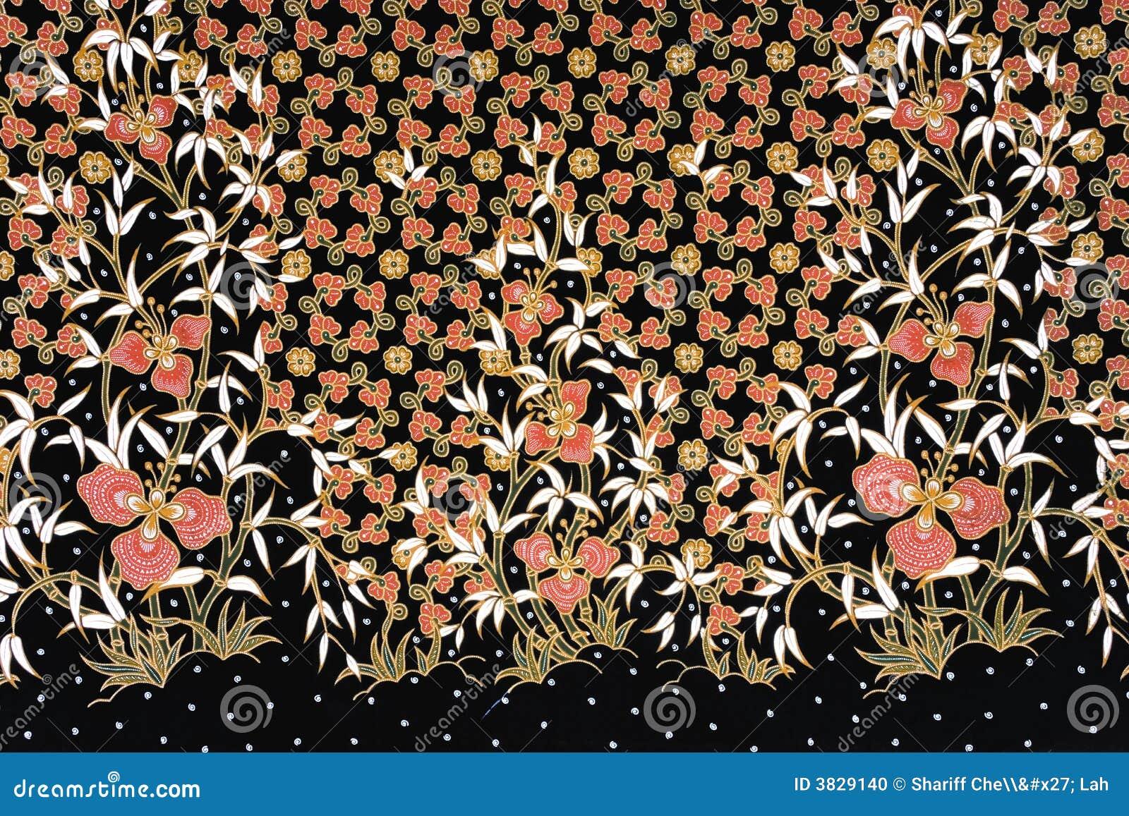 indonesian-batik-sarong-3829140.jpg
