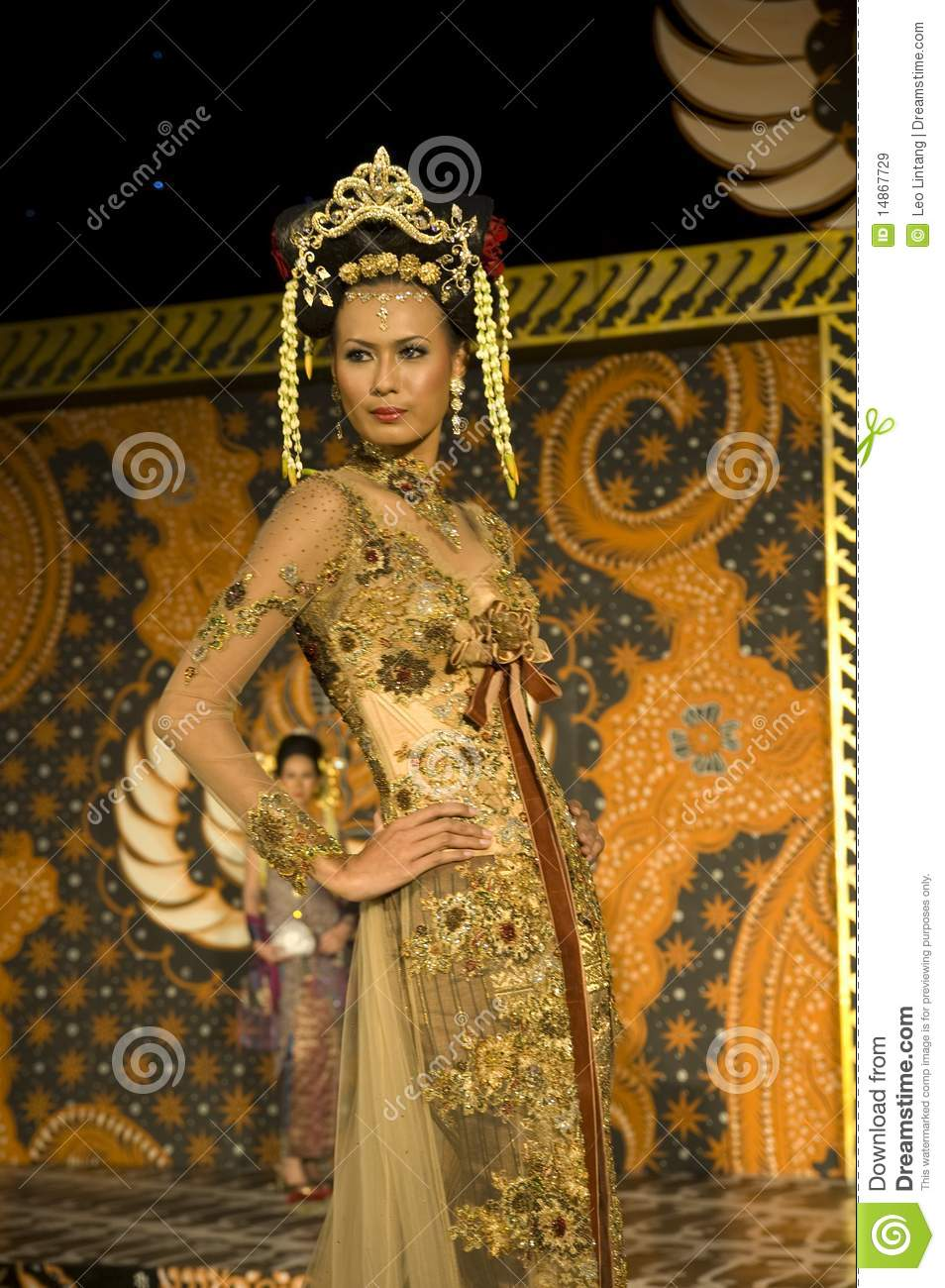 Indonesian Culture Fashion Show Editorial Stock Image  Image: 14867729