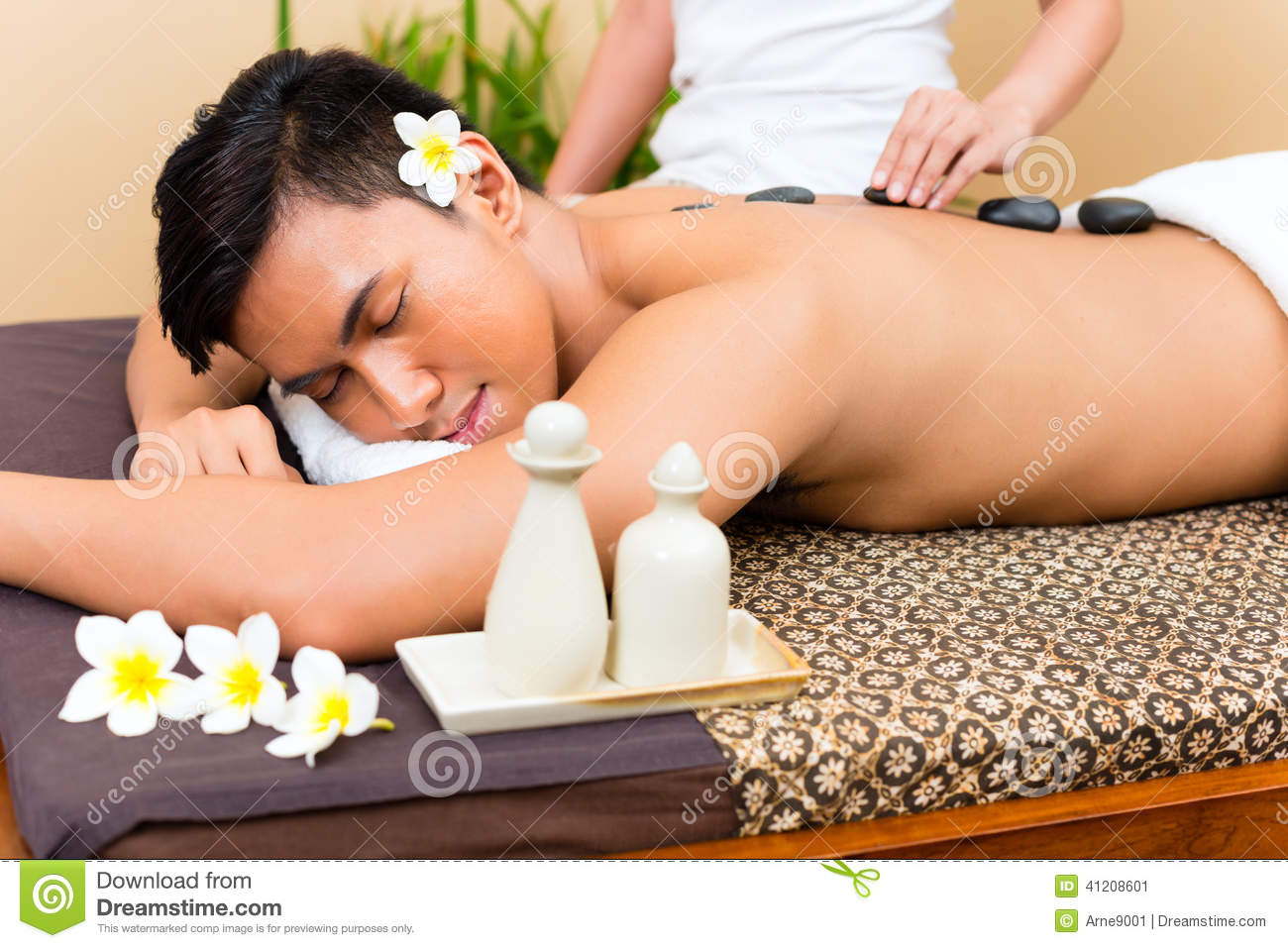 Hot stone massage for lower back pain-5091