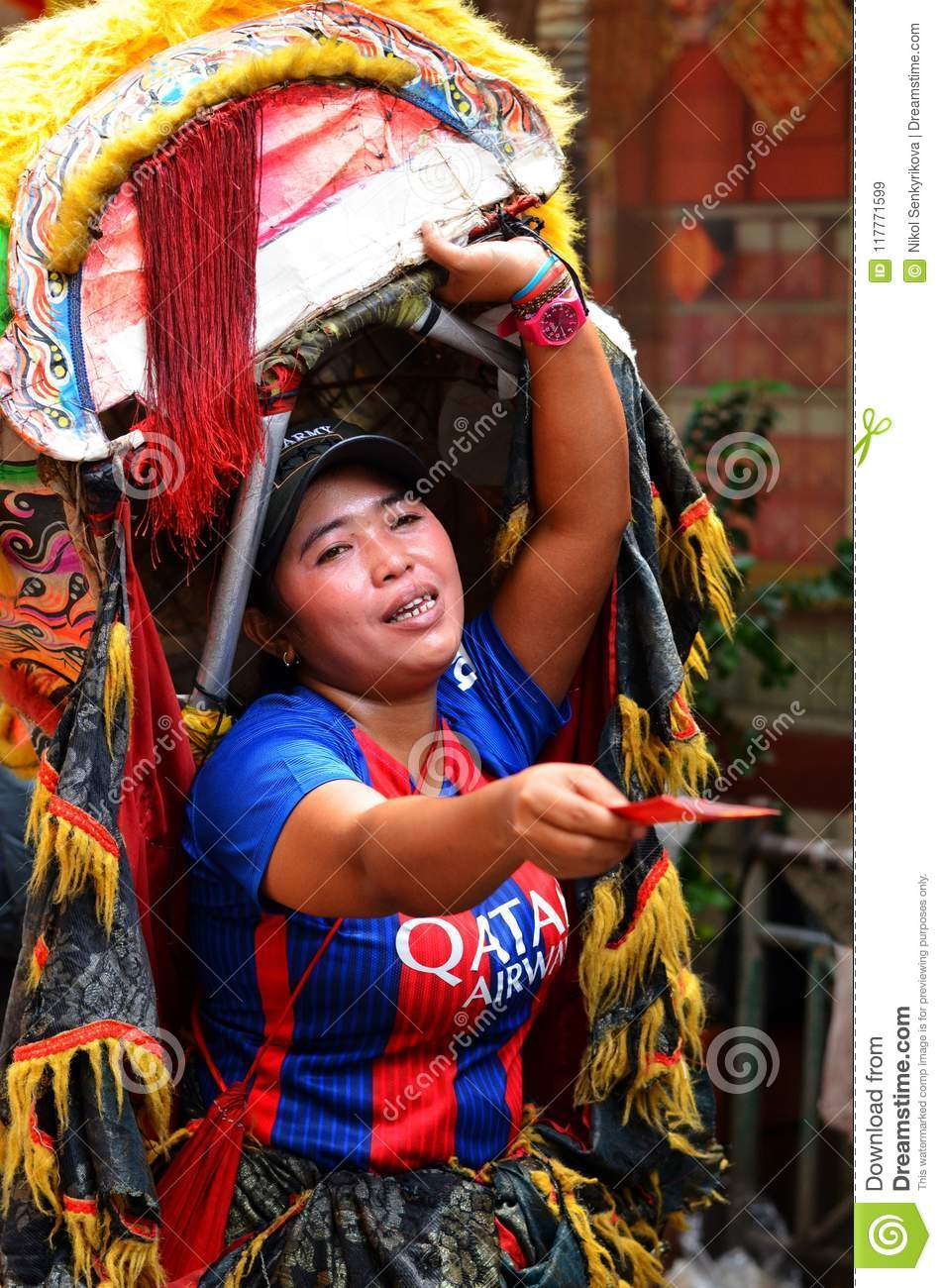 An indonesian woman selling buddhist greeting cards jakarta download comp m4hsunfo