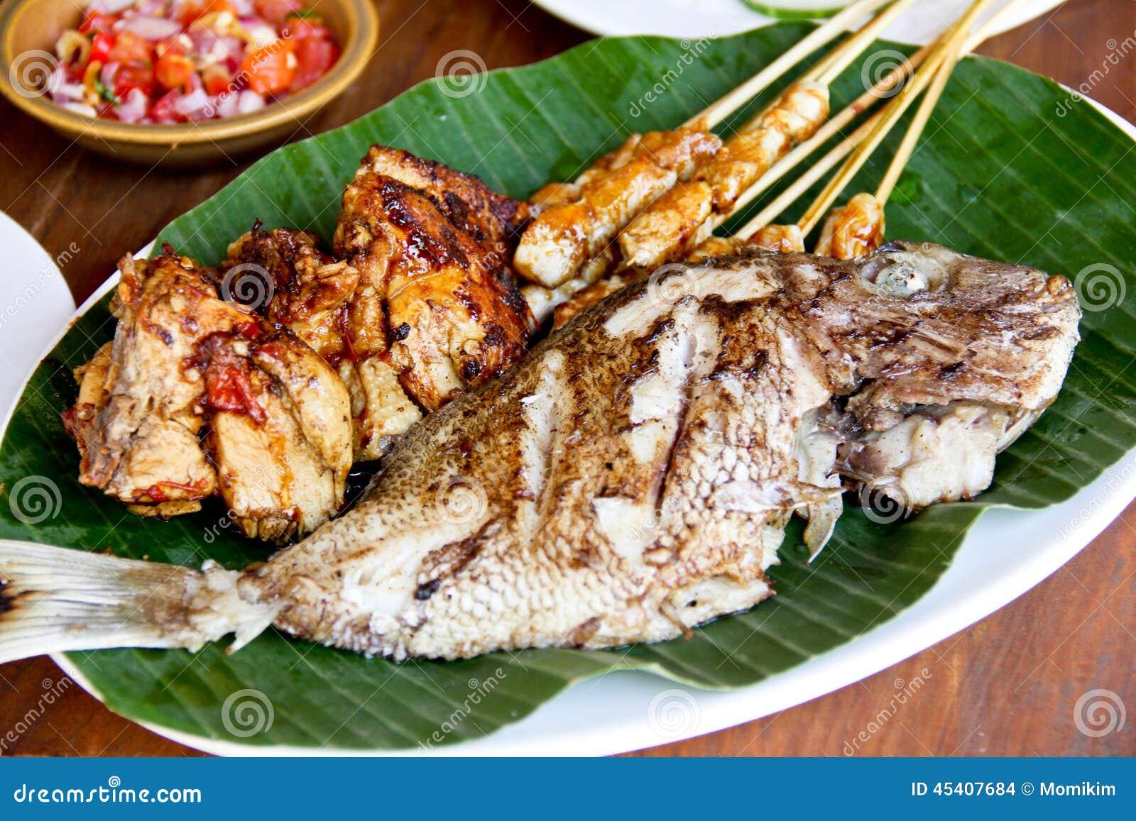indonesische küche, gebratene fische, satay-hühneraufsteckspindeln ... - Indonesien Küche