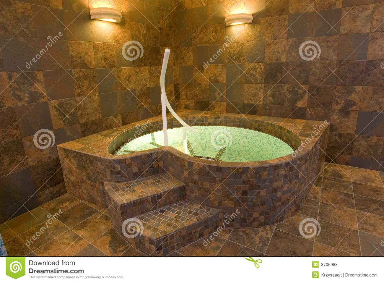 Indoor jacuzzi pool stock image image of decor posh for Instalacion de jacuzzi interior