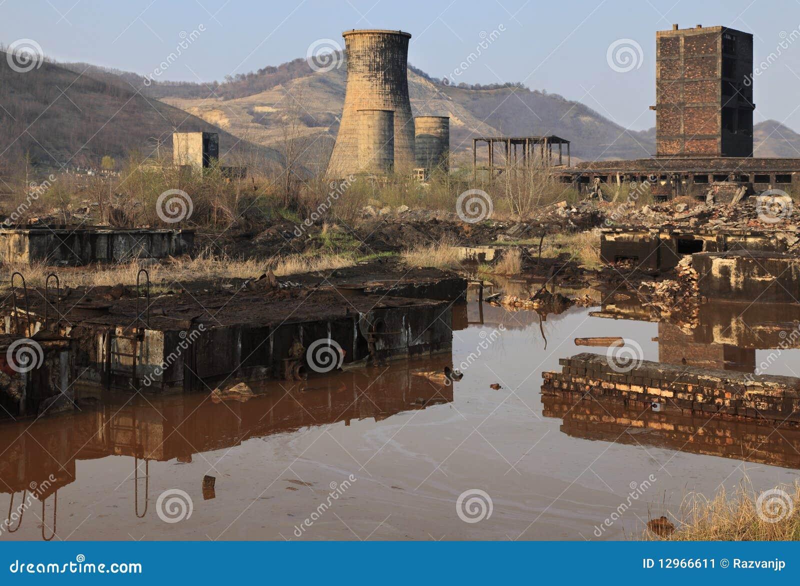 Industriële ruïnes