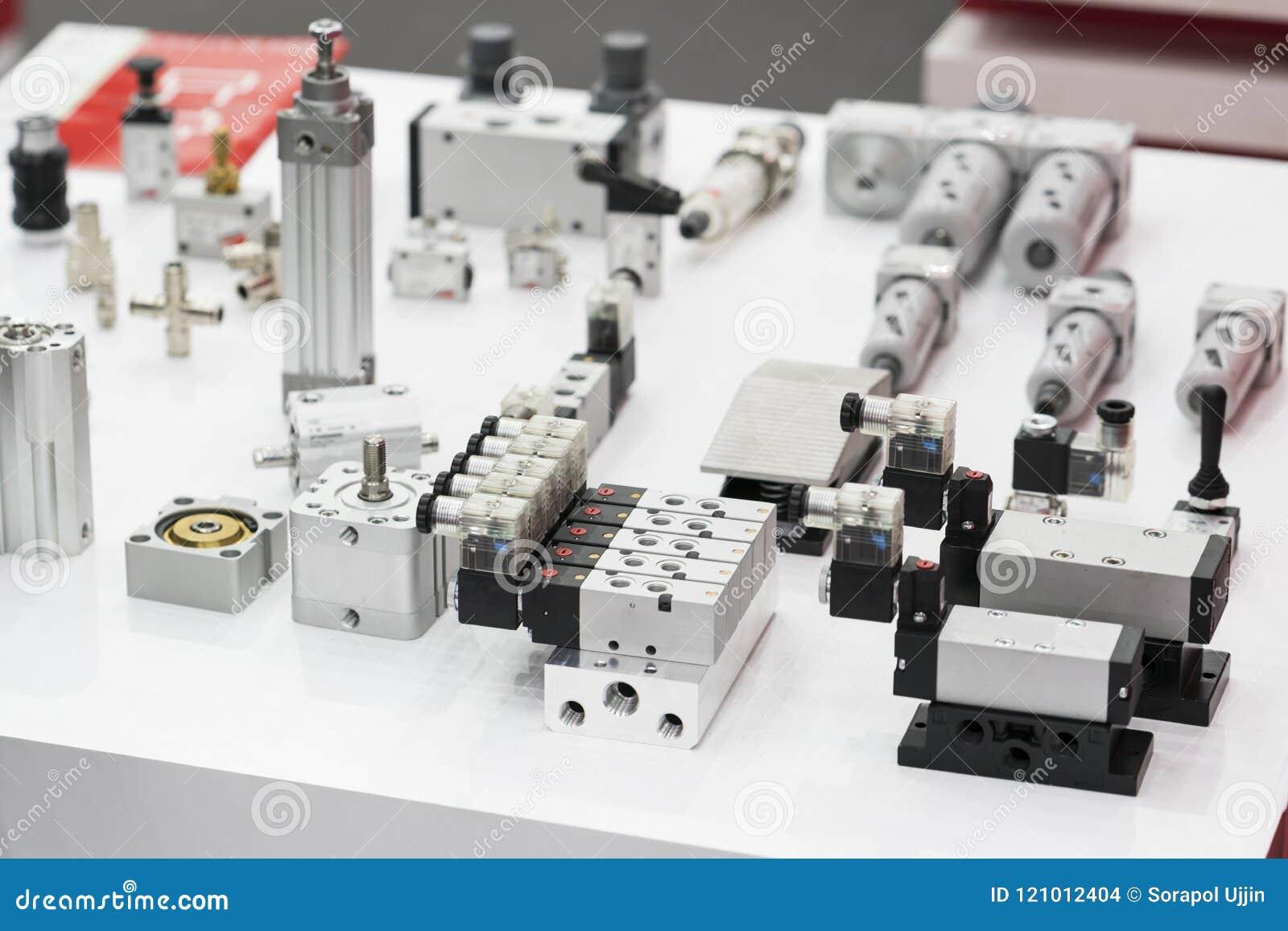 Industrial solenoid valve for liquid, oil, air, pneumatic, hydra