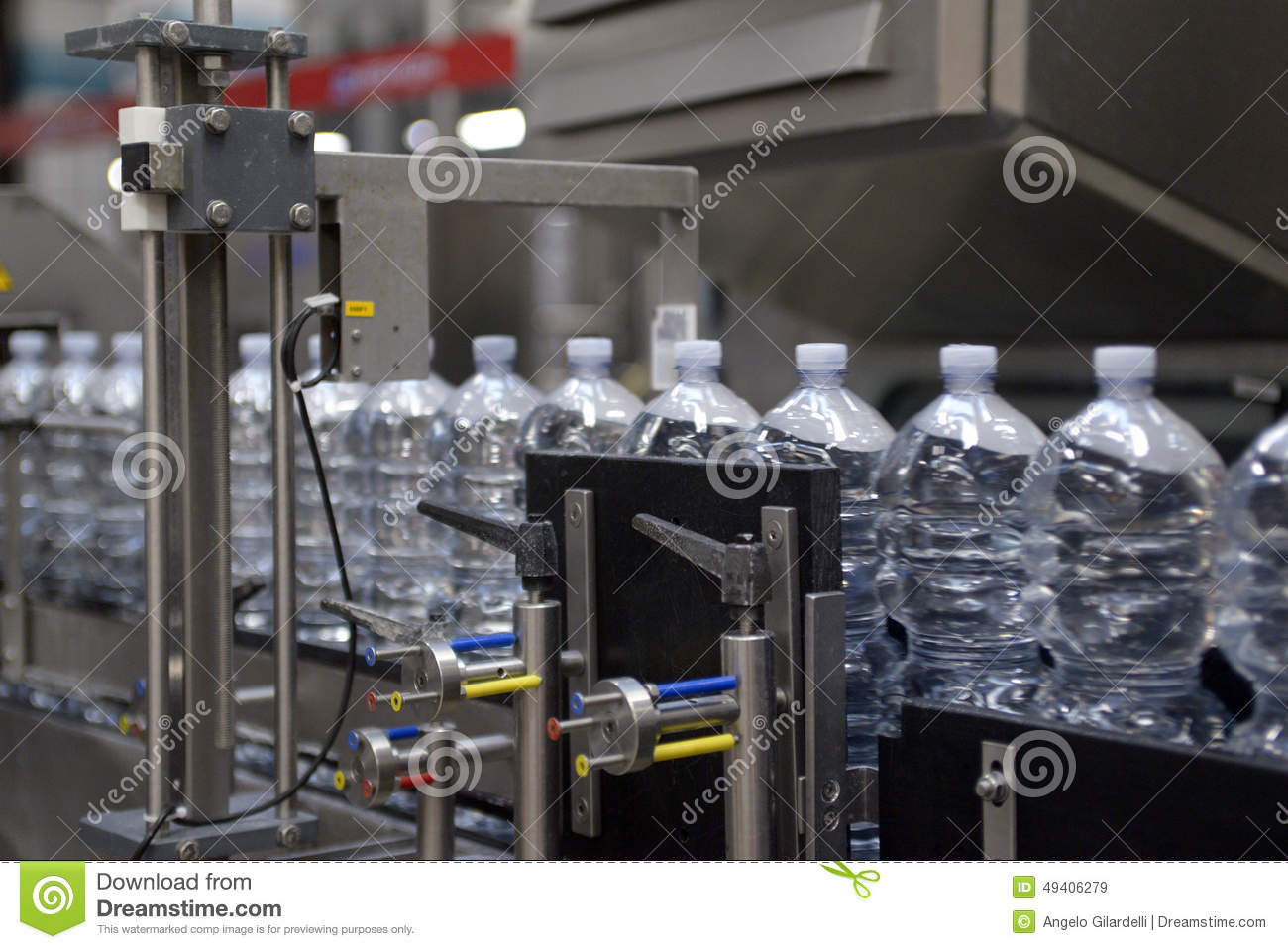 Download Industrie - Mineralwasser stockbild. Bild von mineral - 49406279