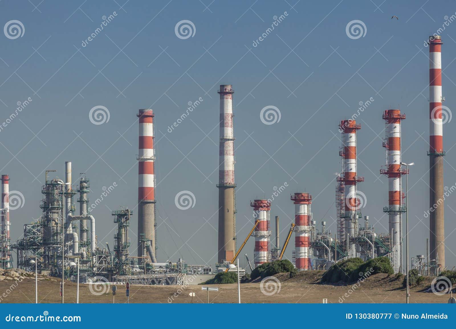 Industriegelände der Erdölraffinerie, Portugal