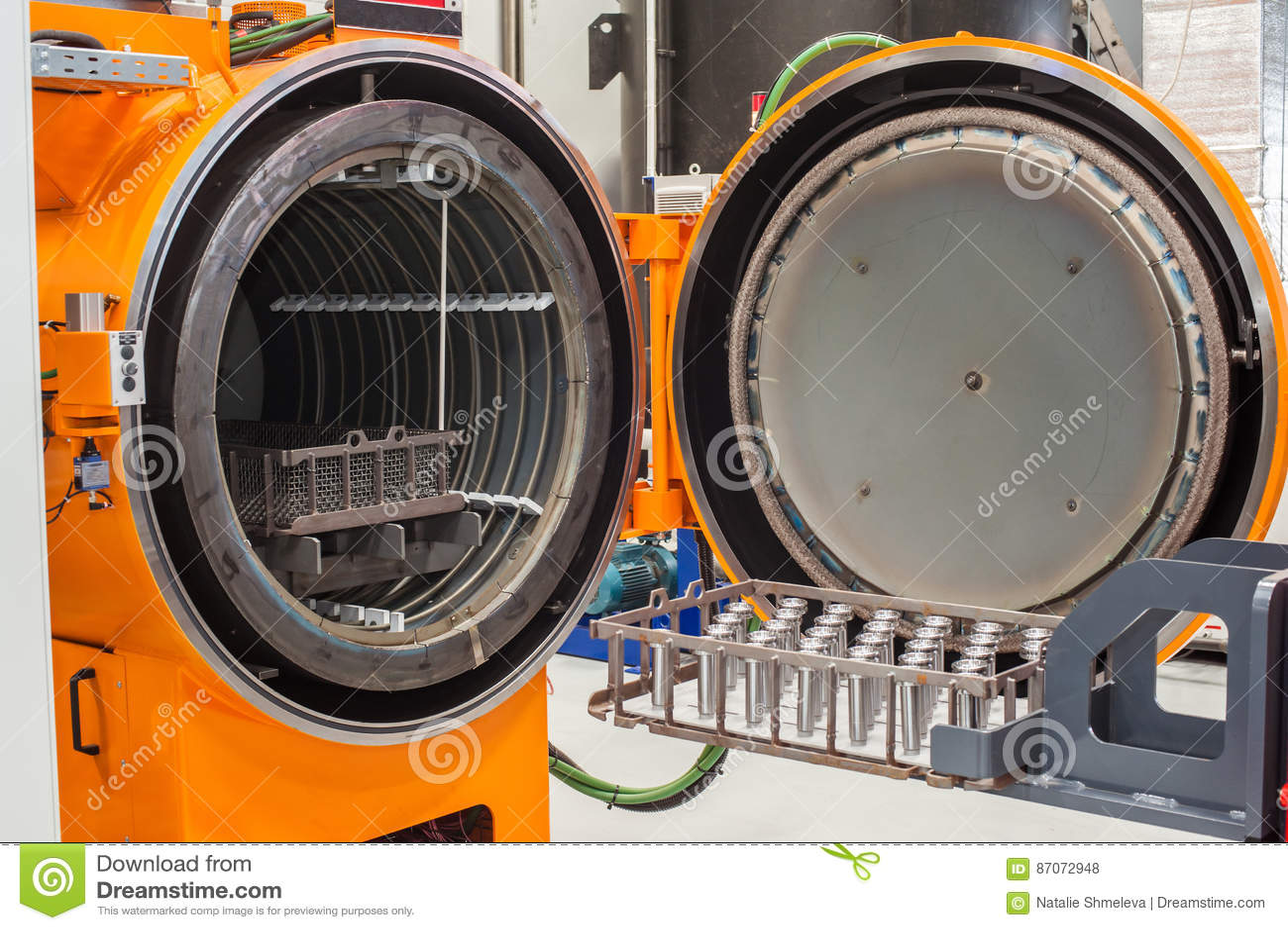 Industriell brännugn för metall