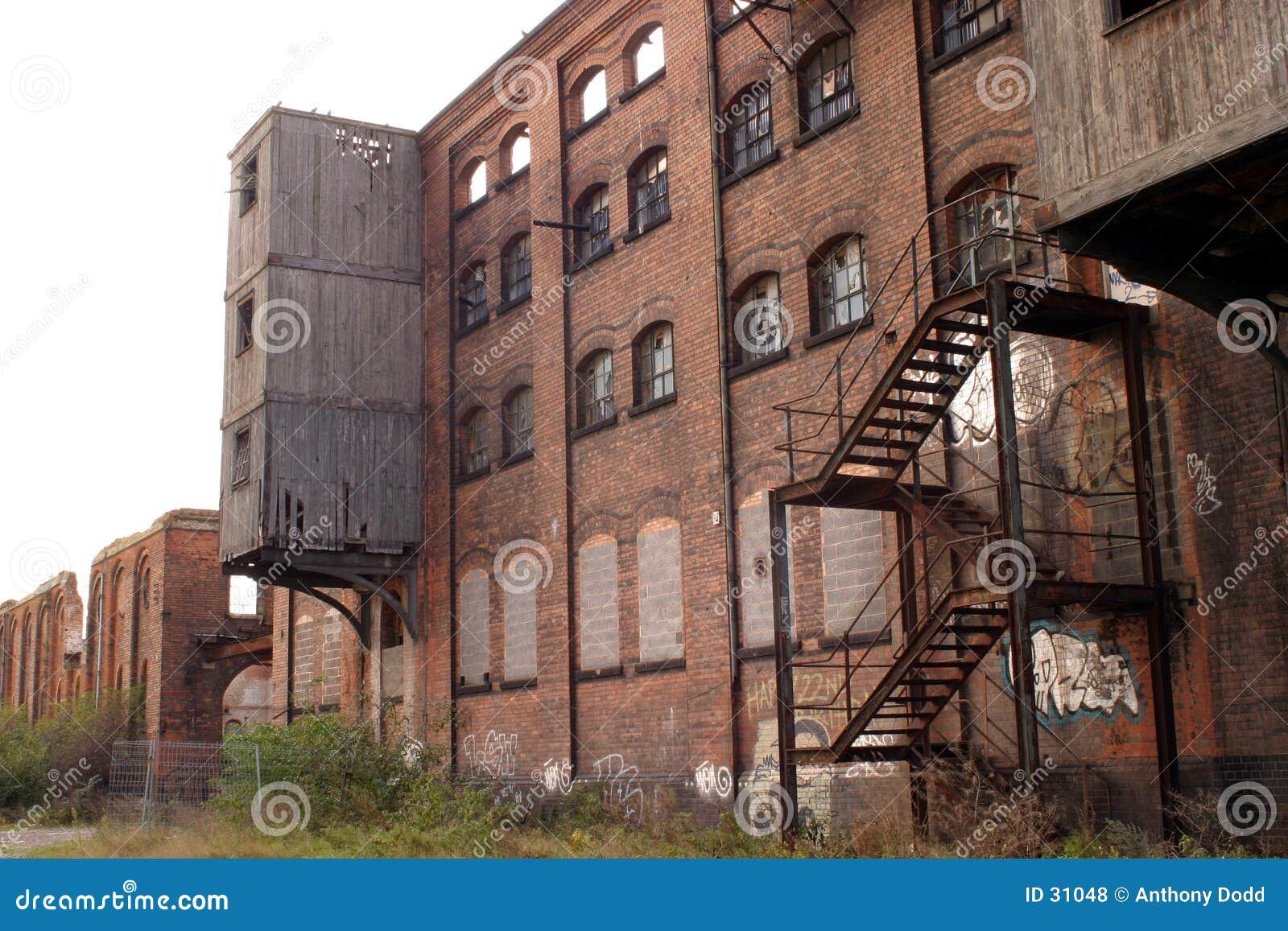 Download Industrielles Shell stockfoto. Bild von aufgegeben, arbeit - 31048