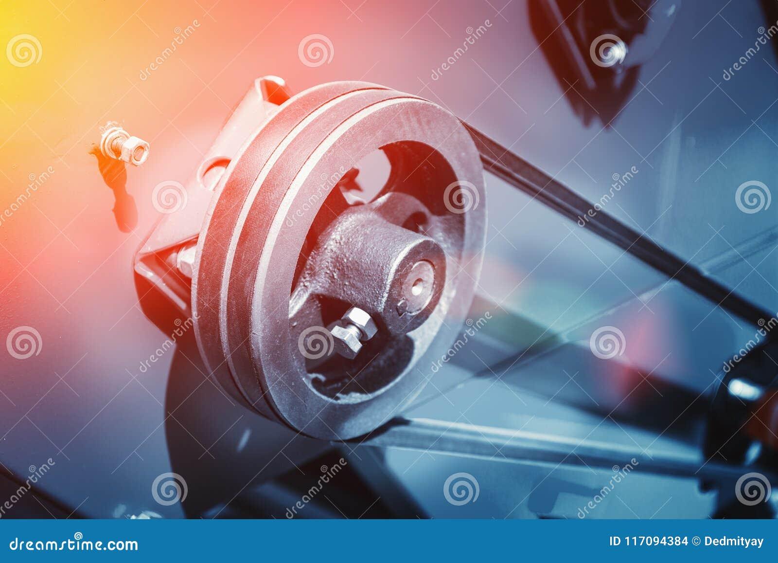 Industriellt automatiskt slut för utrustning för maskinhjälpmedel upp, fabriks- metallarbetebakgrund för abstrakt bransch som ton