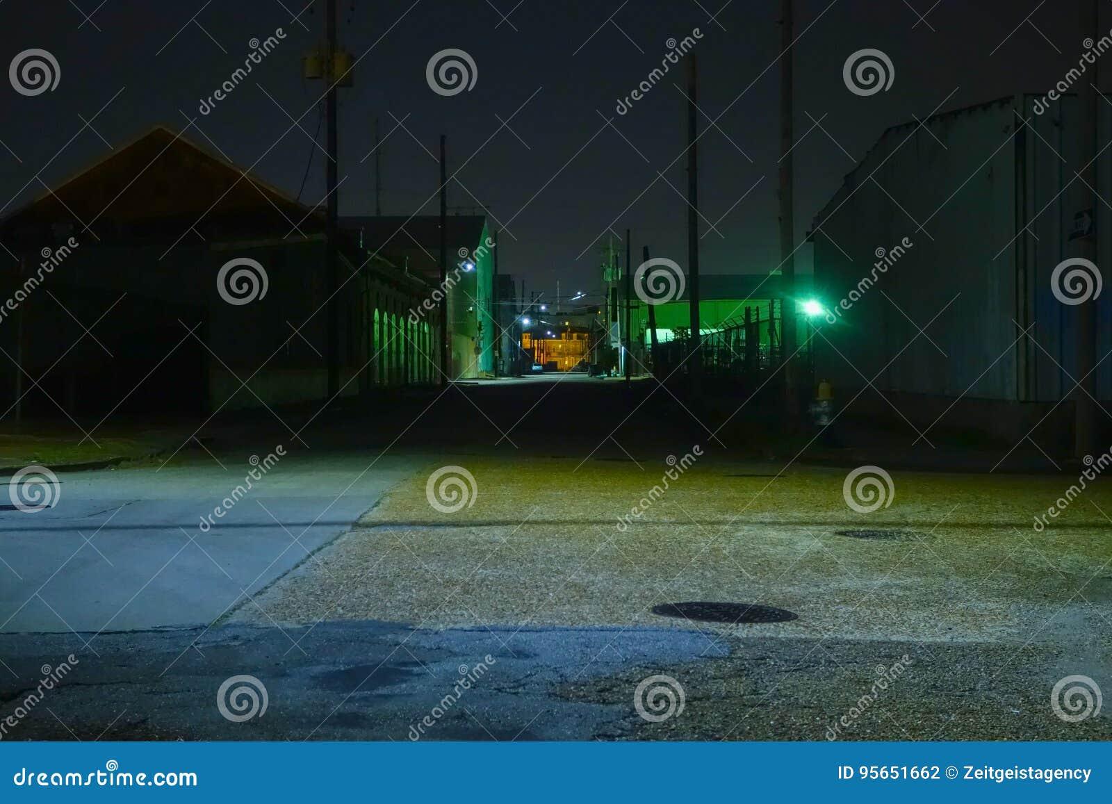 Industriezone bij nacht