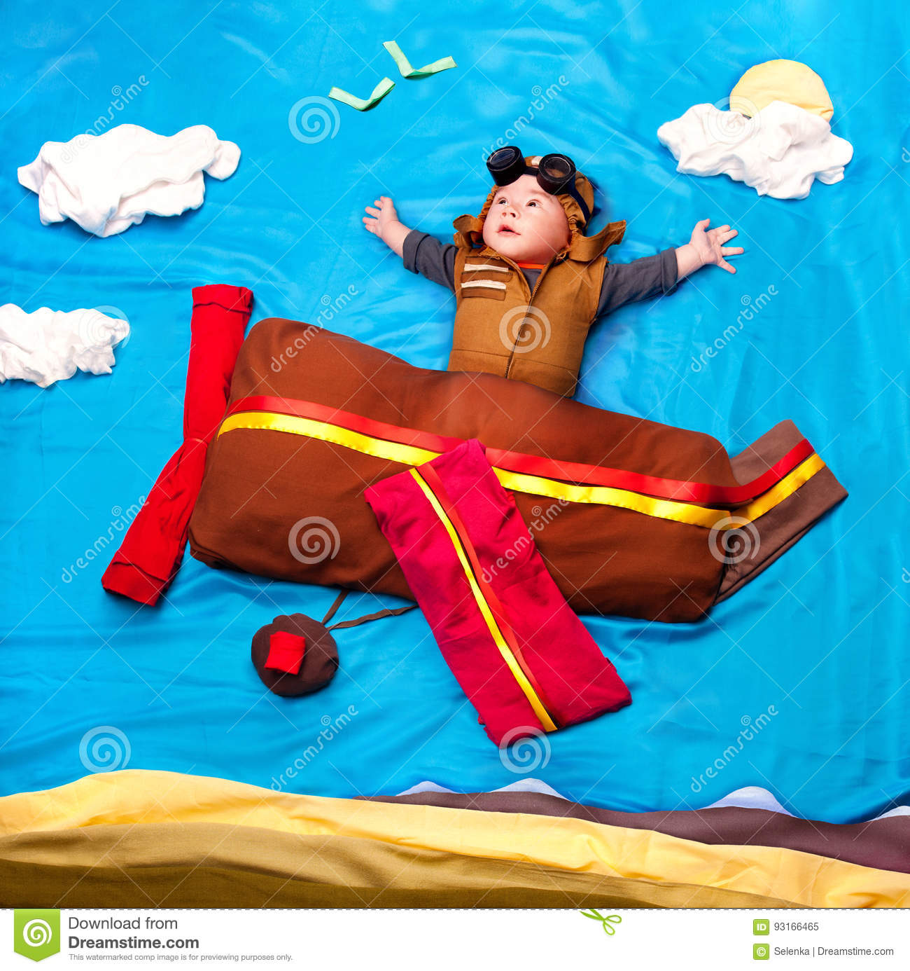 184d851da Infant Baby Boy Wearing An Aviator Hat And Outfit Flying Stock Image ...