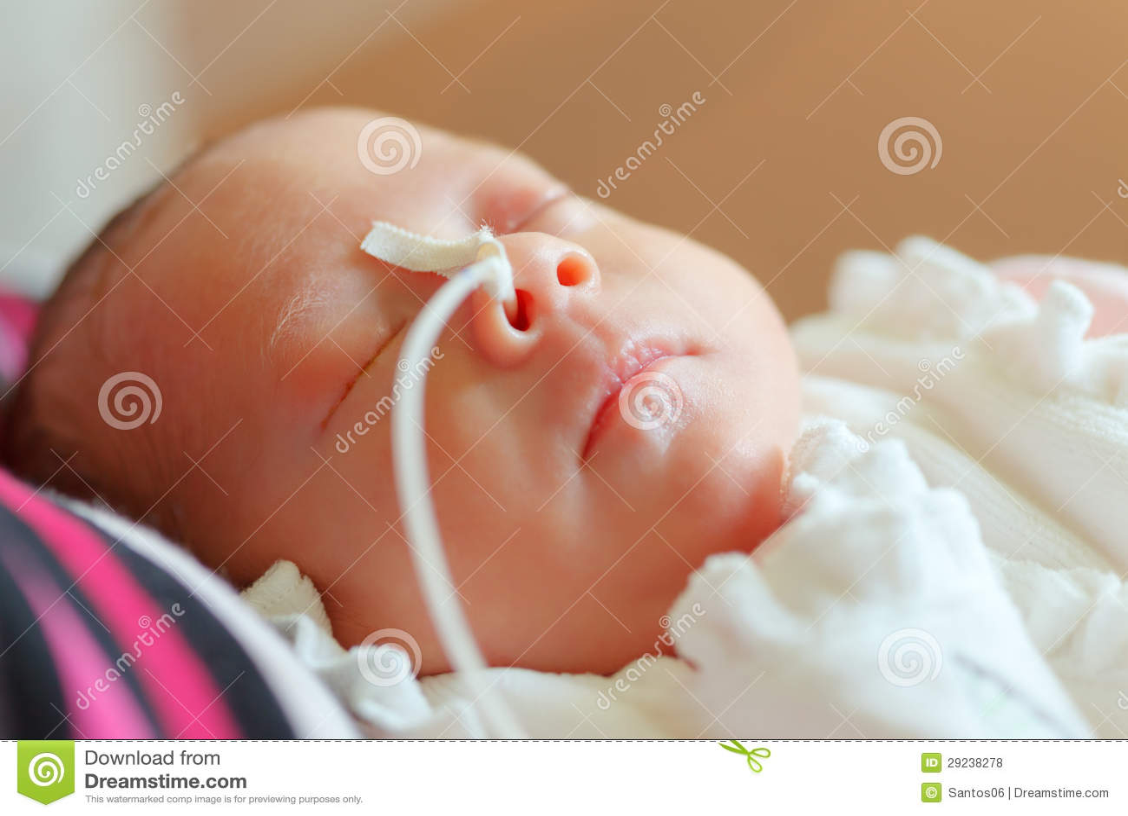 Download Infante prematuro foto de stock. Imagem de newborn, mão - 29238278