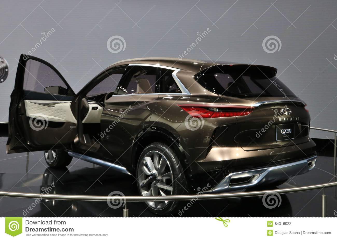 New Vehicles 2017 >> Infiniti On Display At The 2017 North American International