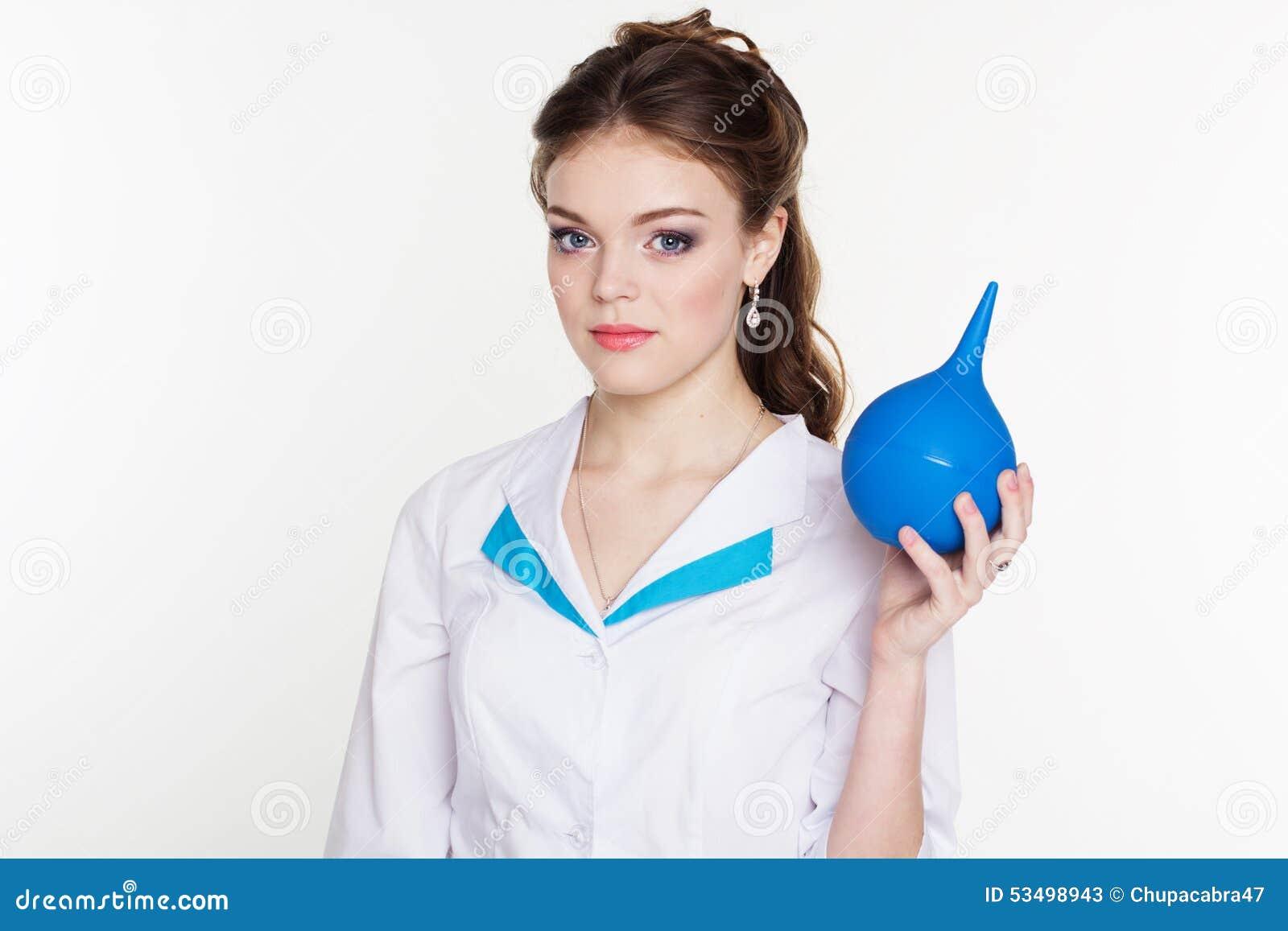 Infirmi re de jeunes avec le lavement bleu dans des mains photo stock image 53498943 - Gaufre bleu maladie femme photo ...