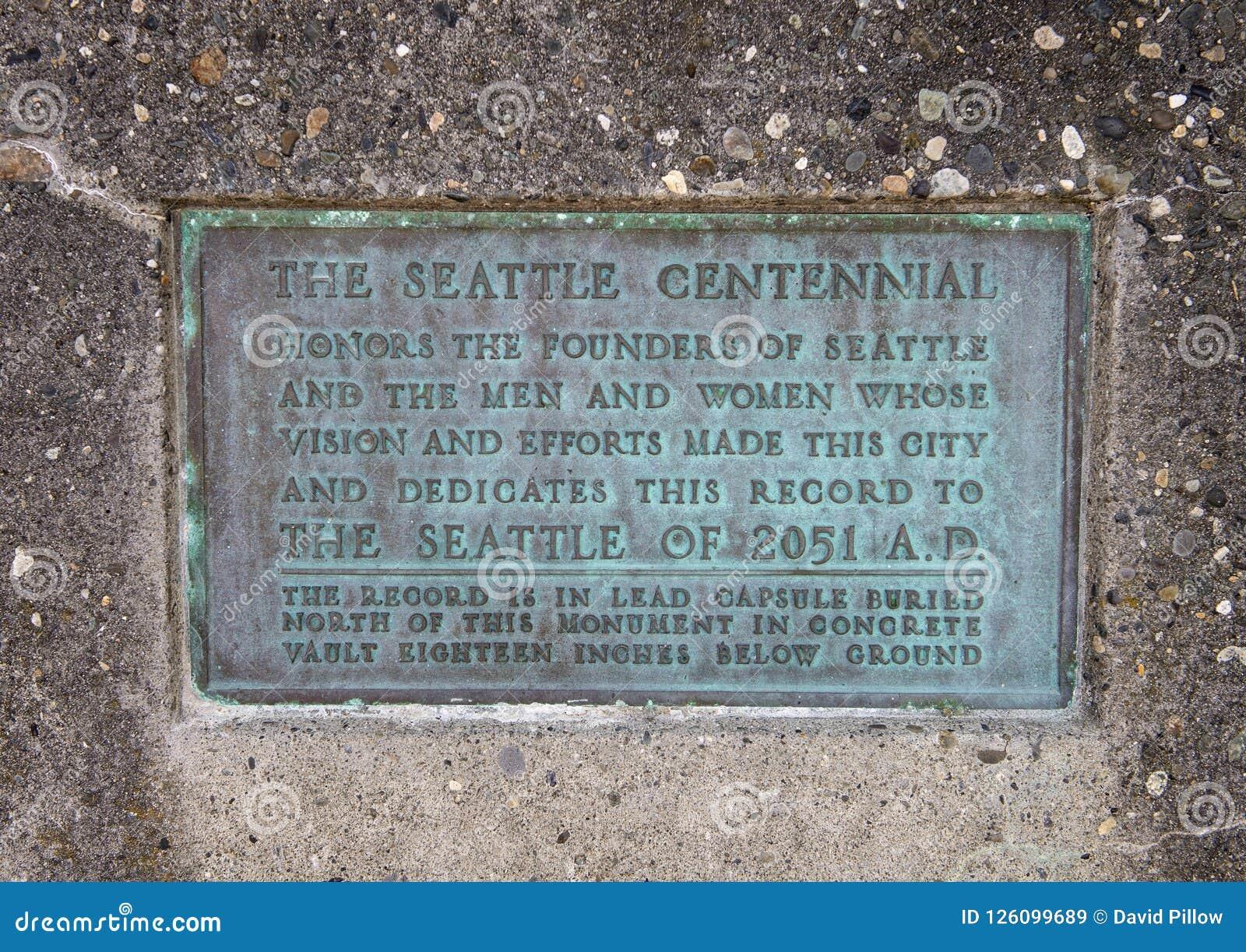 Informatieplaque op Geboorteplaats van het Monument van Seattle, Alki Beach, Seattle, Washington
