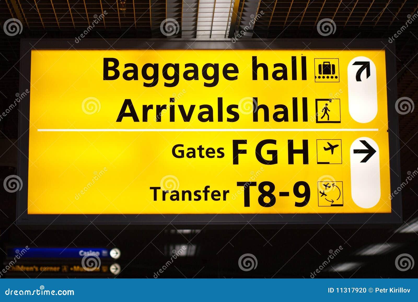 Informationen kennzeichnen innen Flughafen