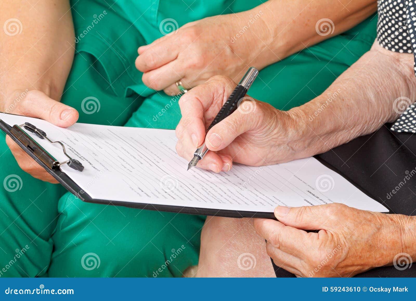 Download Informe médico foto de archivo. Imagen de alzheimer, soledad - 59243610