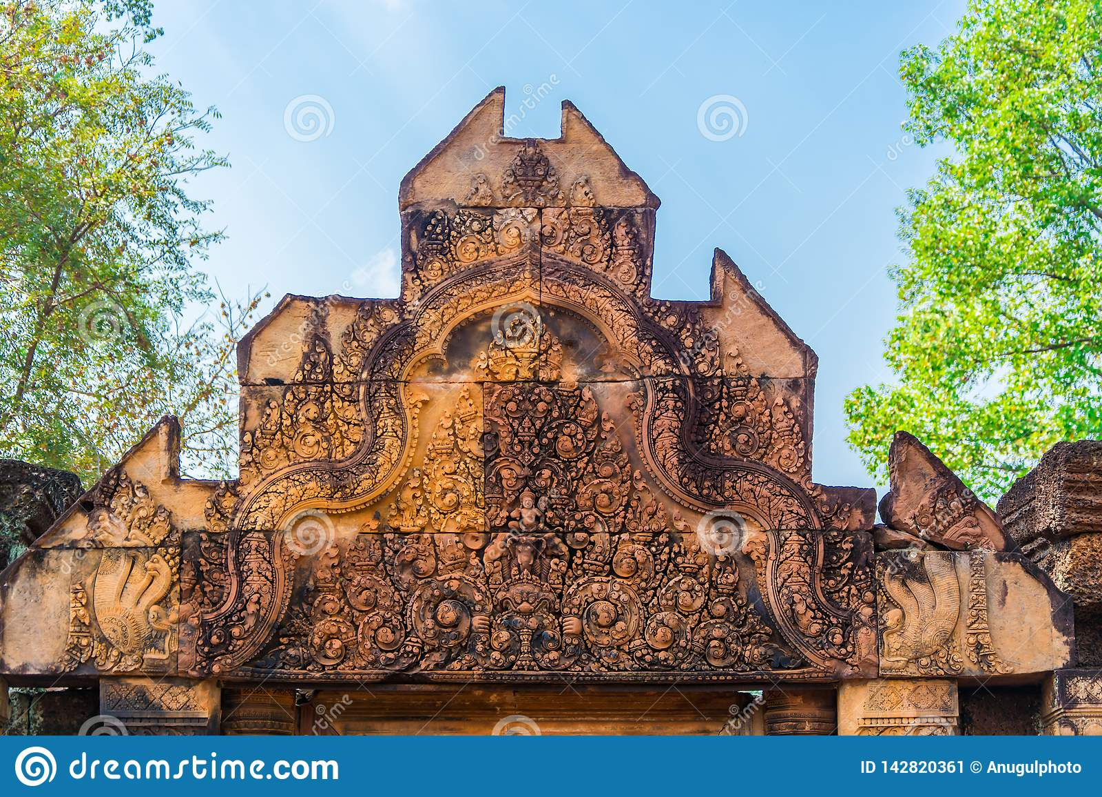 Ingang van het Kasteel van Banteay Srei