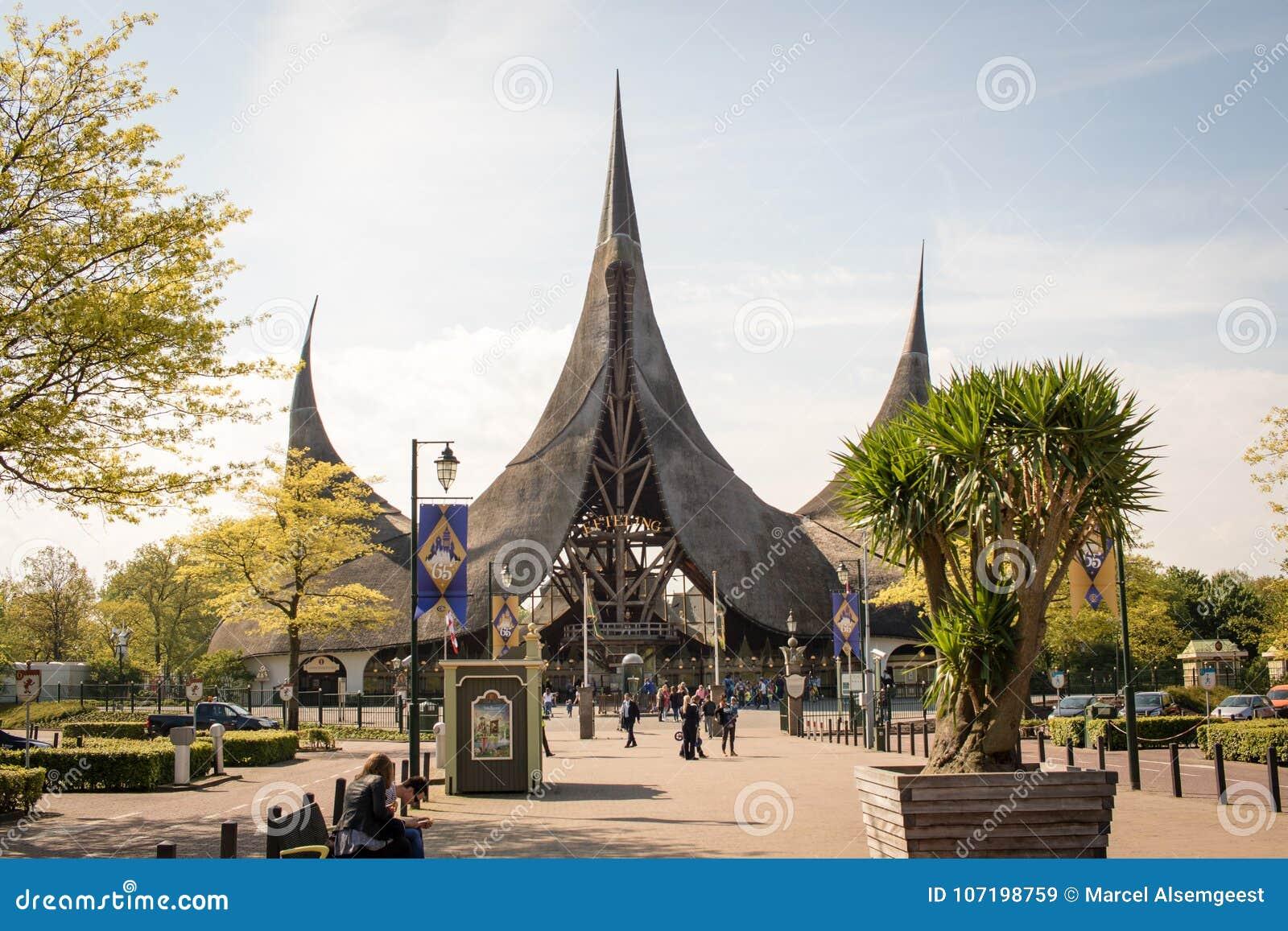 Ingang van themapark DE Efteling, Kaatsheuvel, Nederland, 11-05-2017