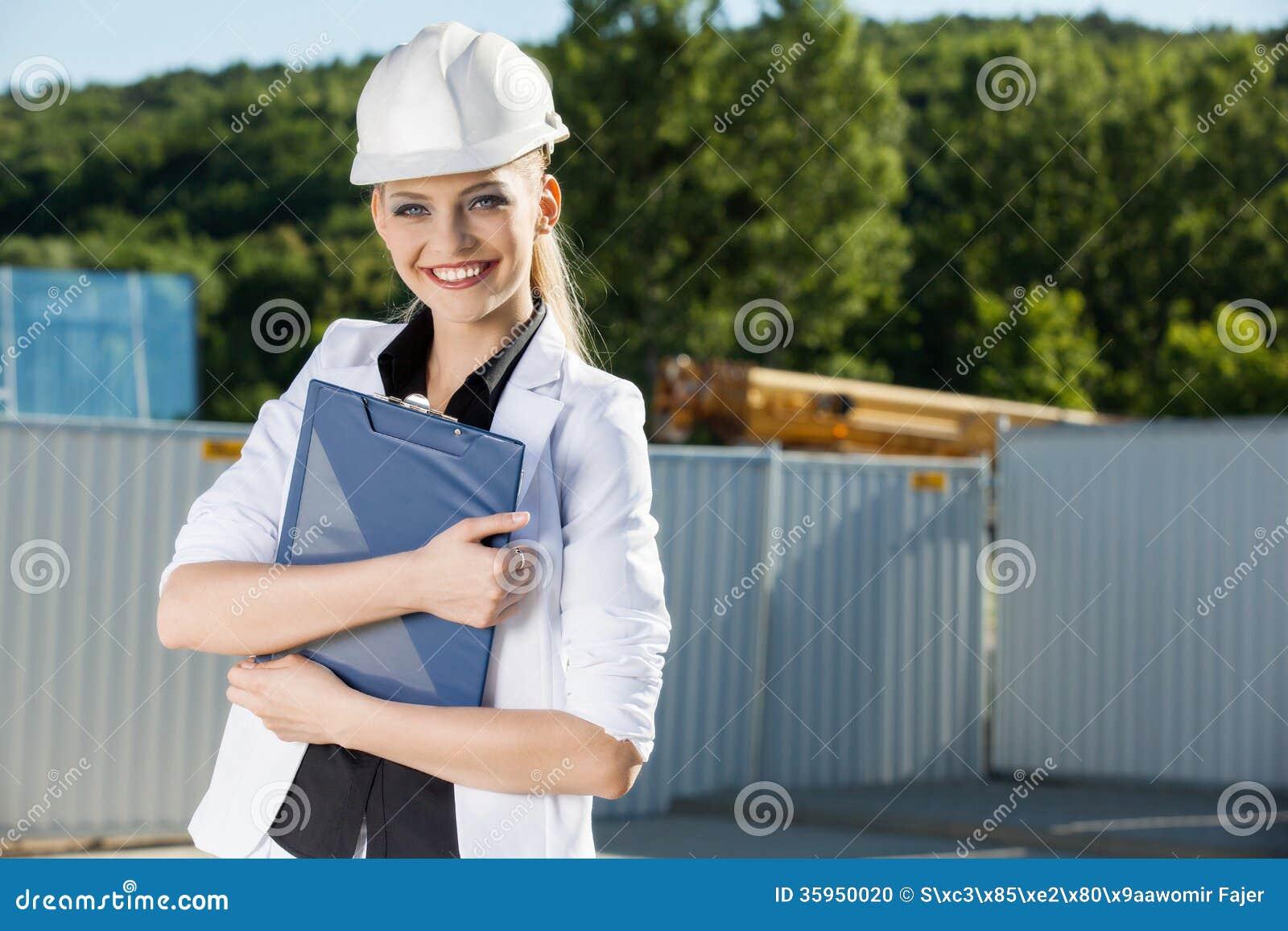 Ingeniero de sexo femenino