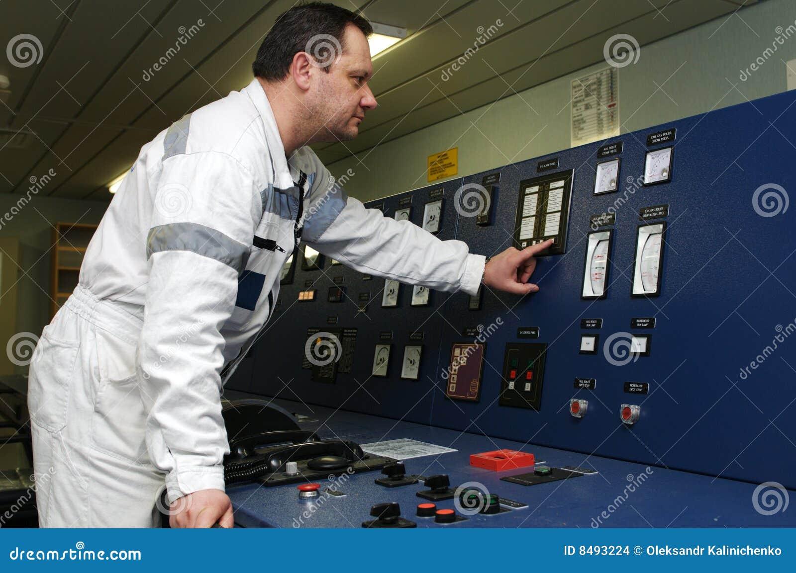 Ingeniero del envío