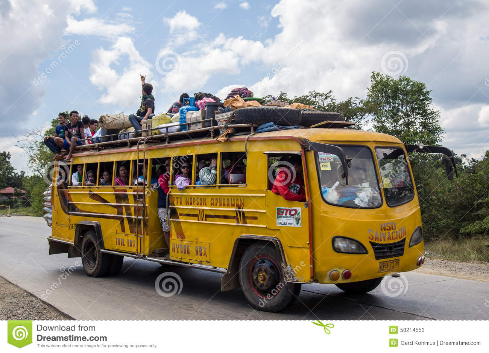 Ingepakte bus in de Filippijnen