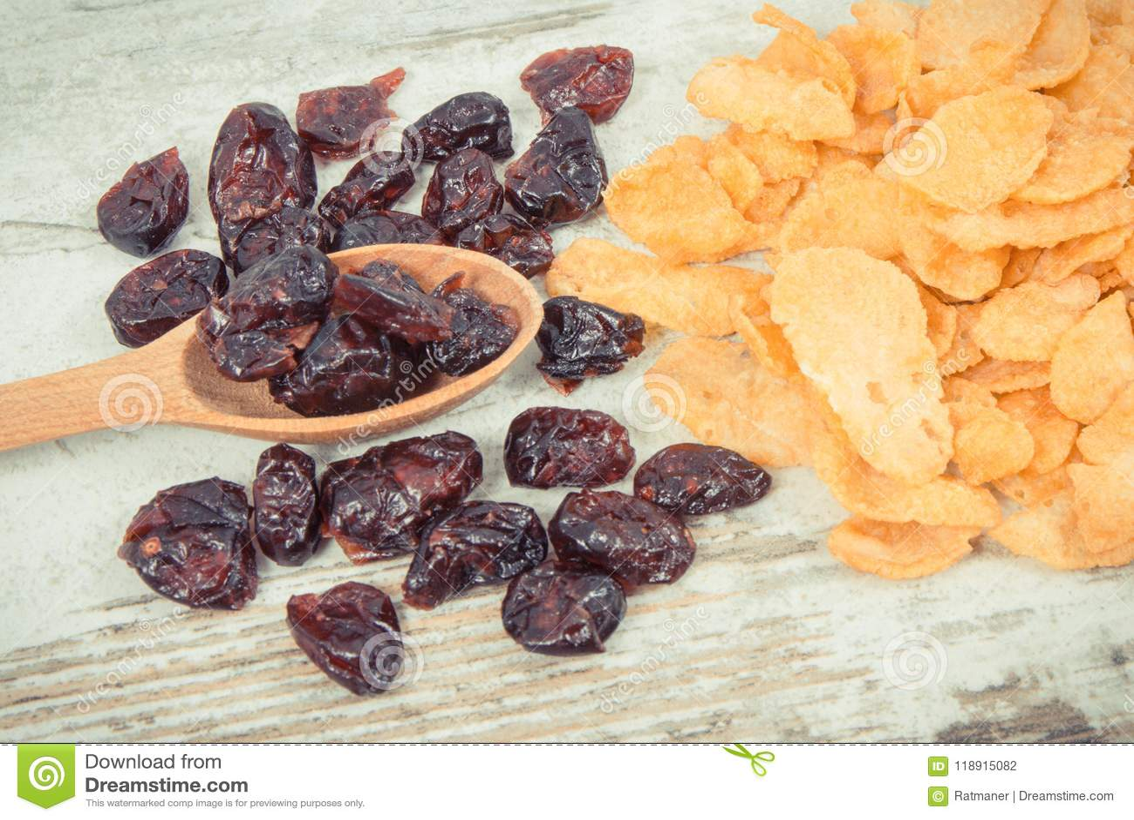 Ingrédients sains contenant des minerais, des hydrates de carbone et la fibre alimentaire, concept nutritif de consommation