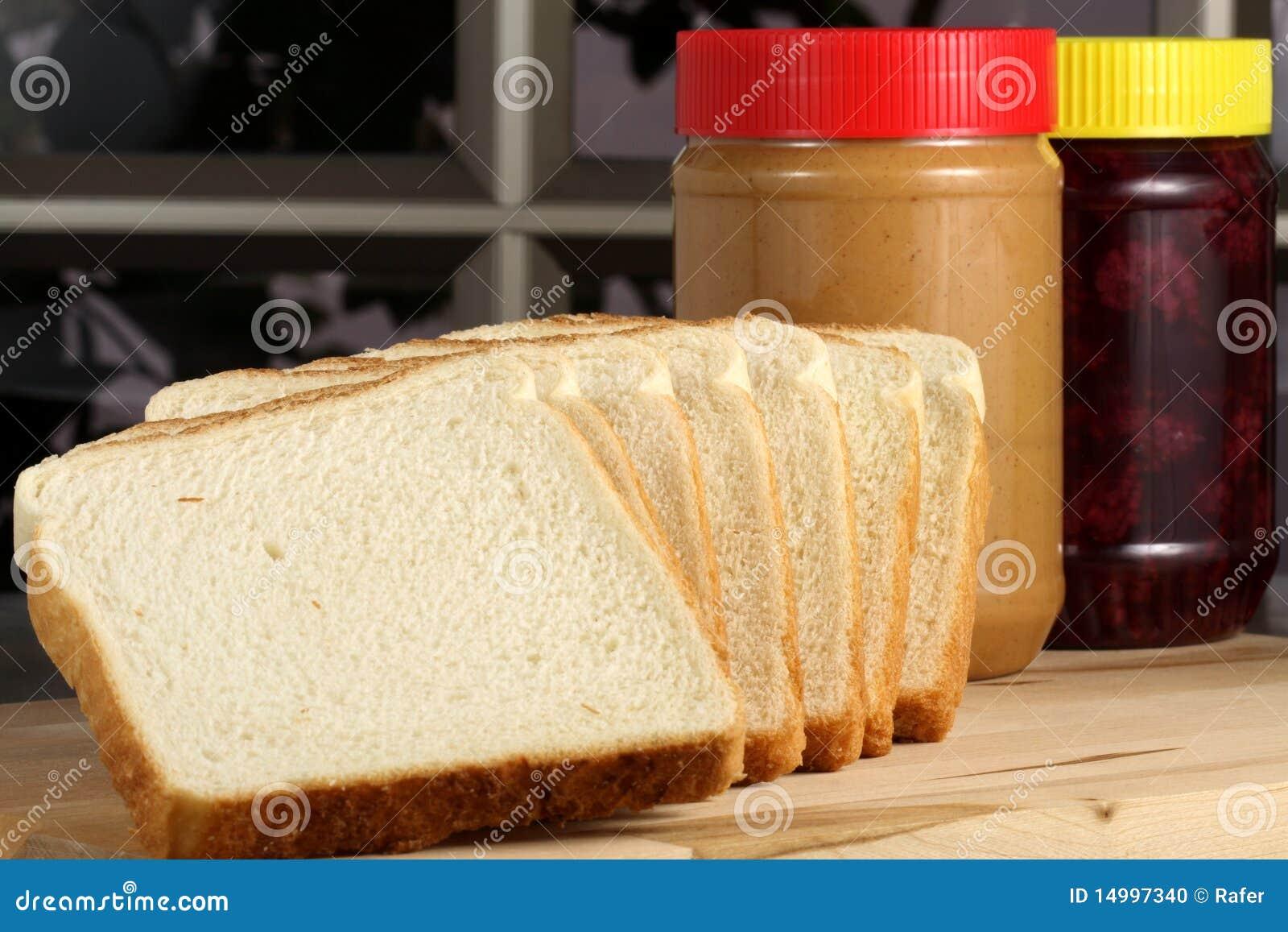 Ingrdients del panino del burro e della gelatina di arachide