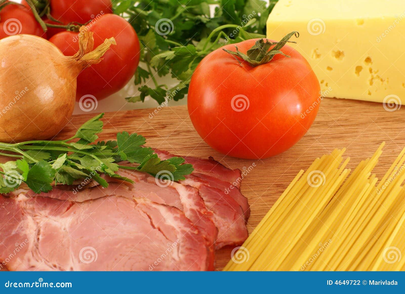 Ingredientes frescos para a massa
