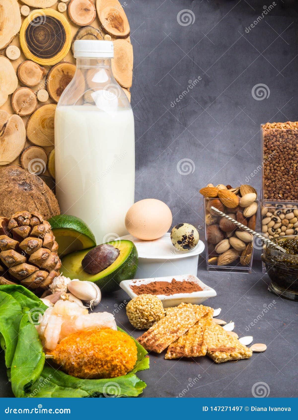 Ingredientes ou produtos que cont?m o zinco e fibra diet?tica, fontes naturais de minerais, estilo de vida saud?vel e nutri??o