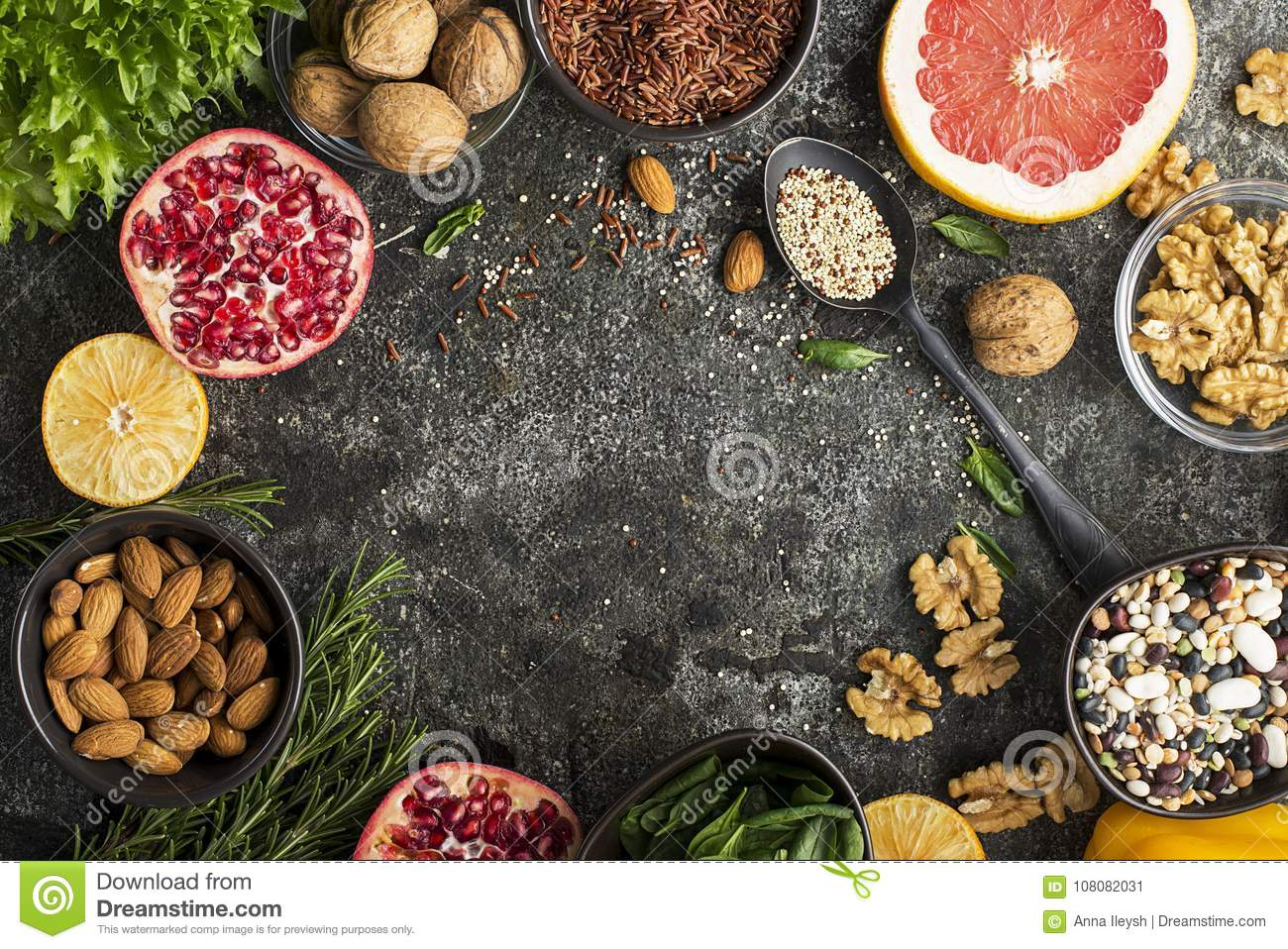 Ingredients of a healthy diet for drawing up a meal plan: wild brown rice, quinoa, spinach, legumes, oranges, grapefruit