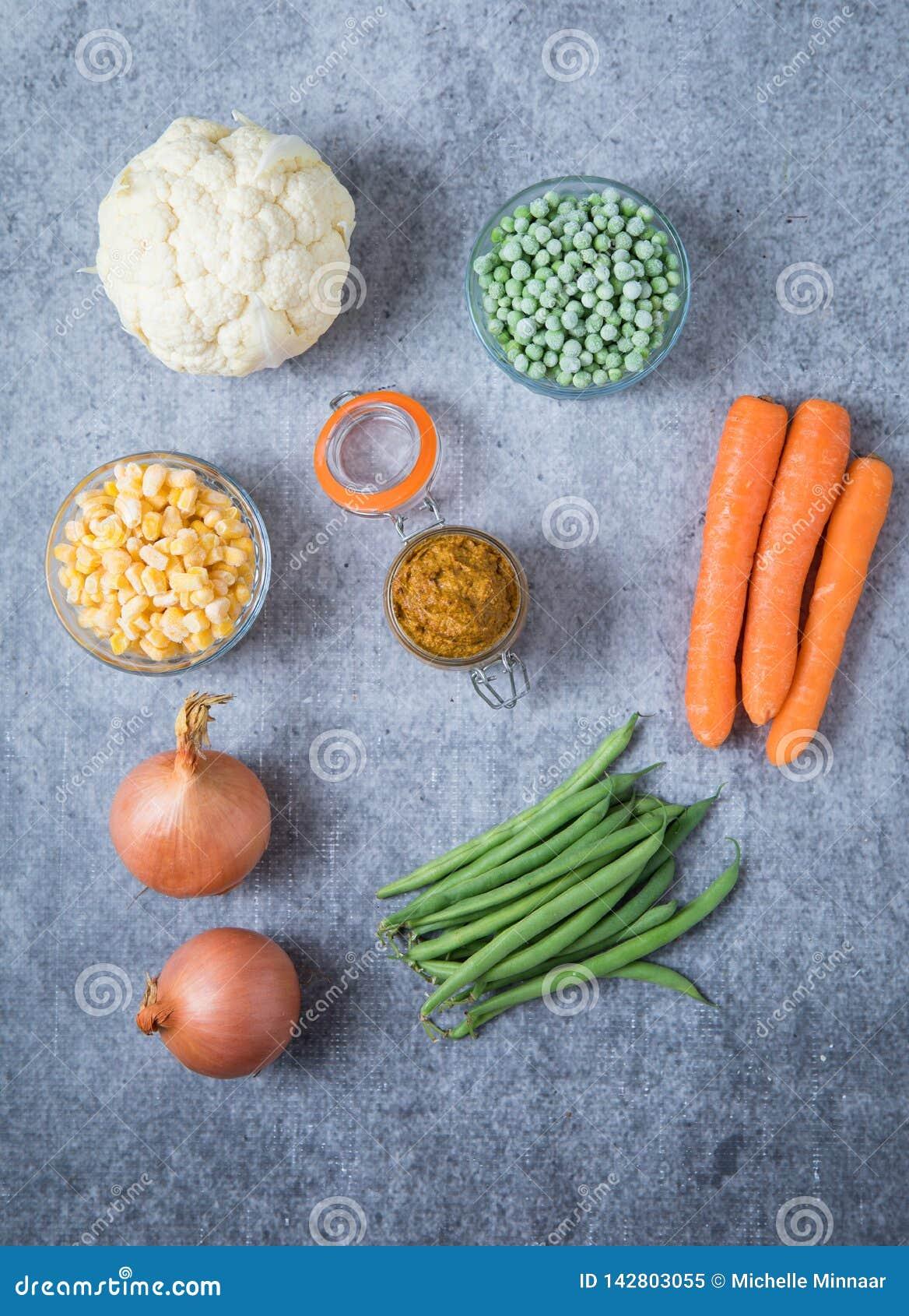 19+ 8 Cauliflower Carrot Green Beans Mix Photos   Free & Royalty ... Bilder